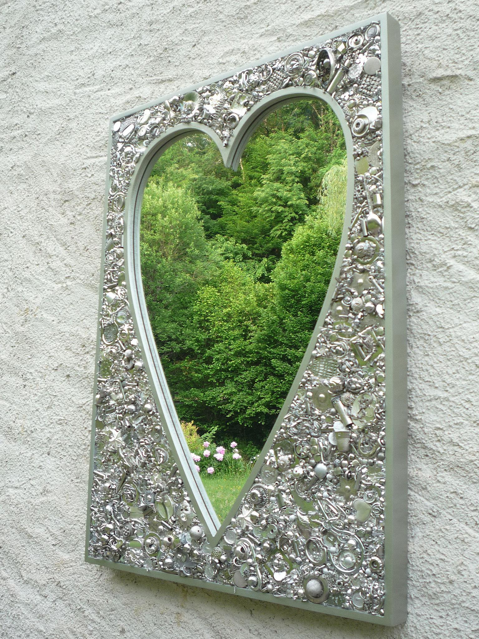 Miroir coeur Accumulation (Chrome, inox, argent...)