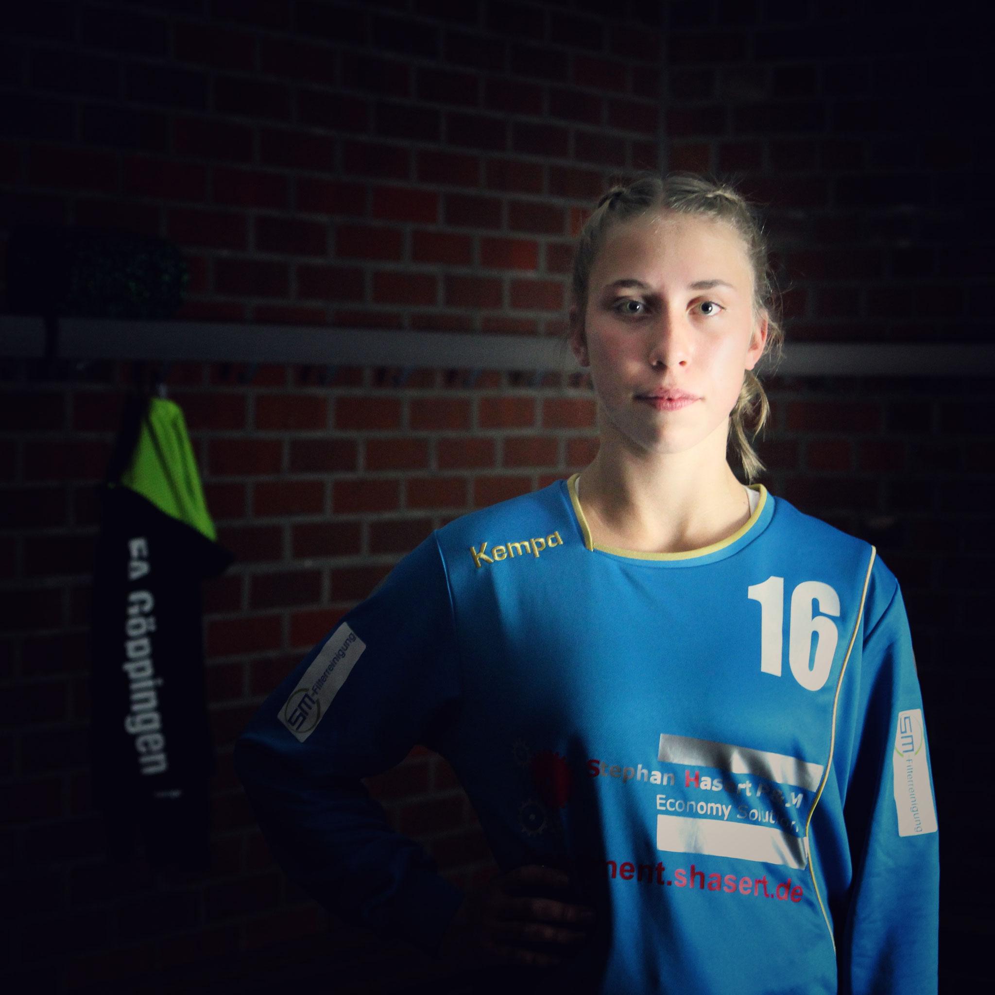 #16 Leni Hagenlocher,