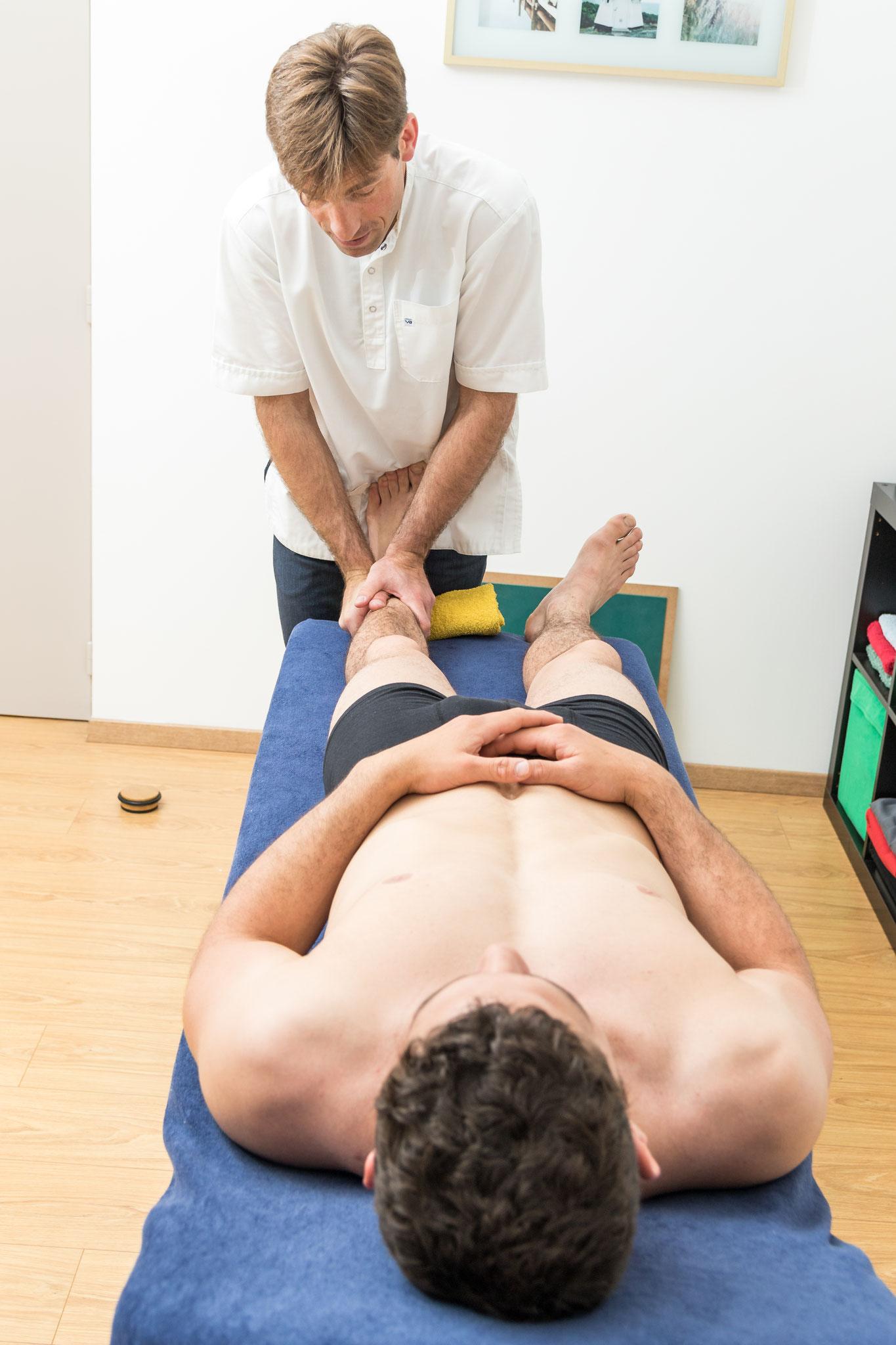 technique de libération articulaire posturopathique de la cheville