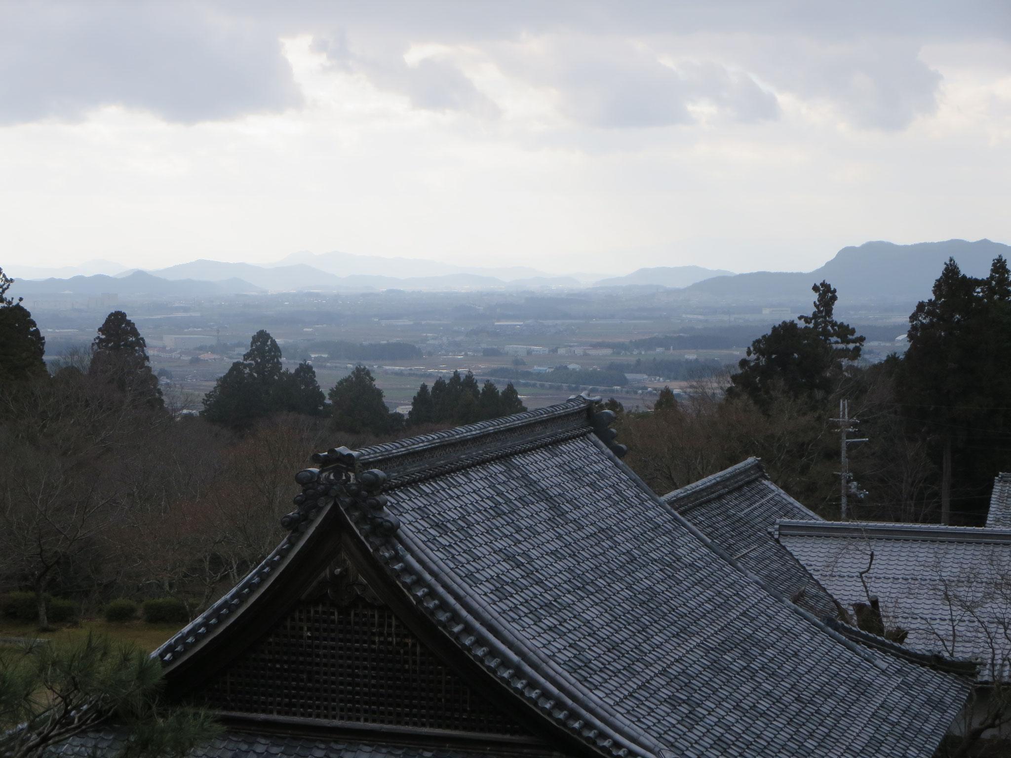 百済寺の遠景