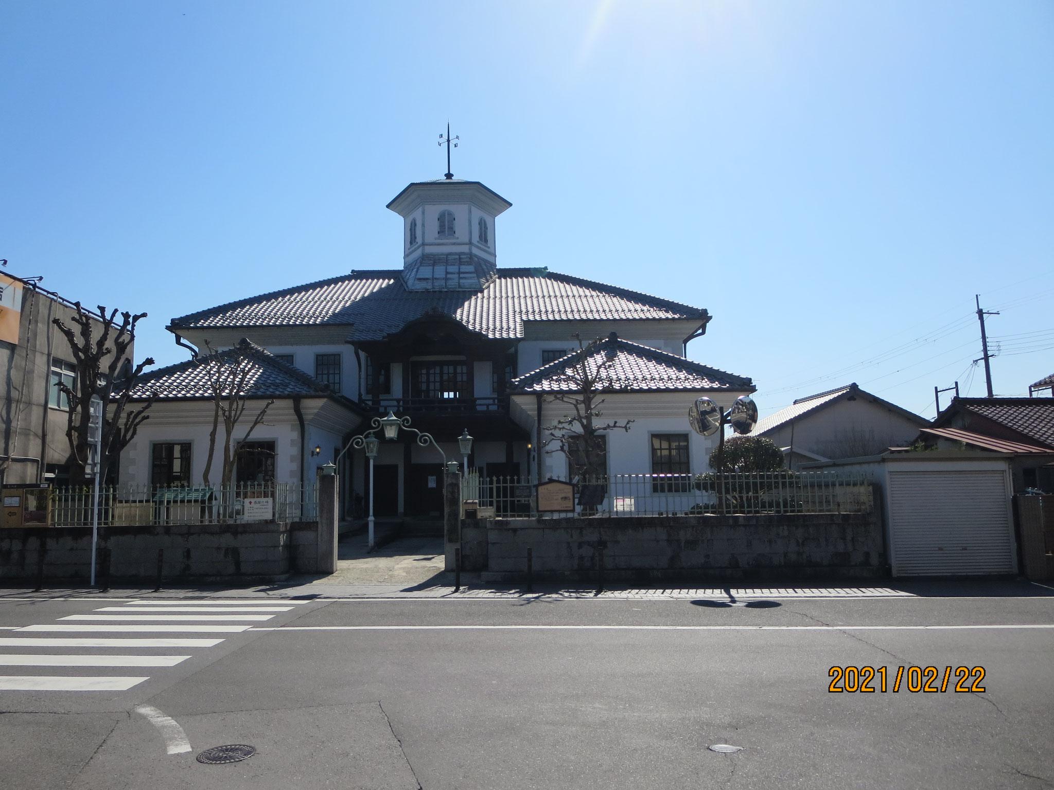 白雲館(旧八幡東学校)