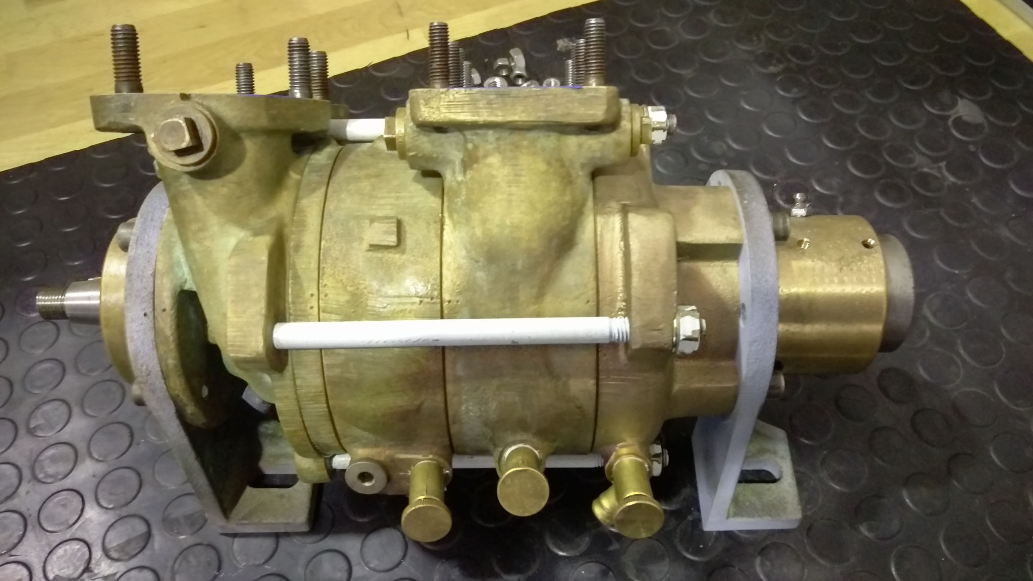 Overhaul of coolant pump