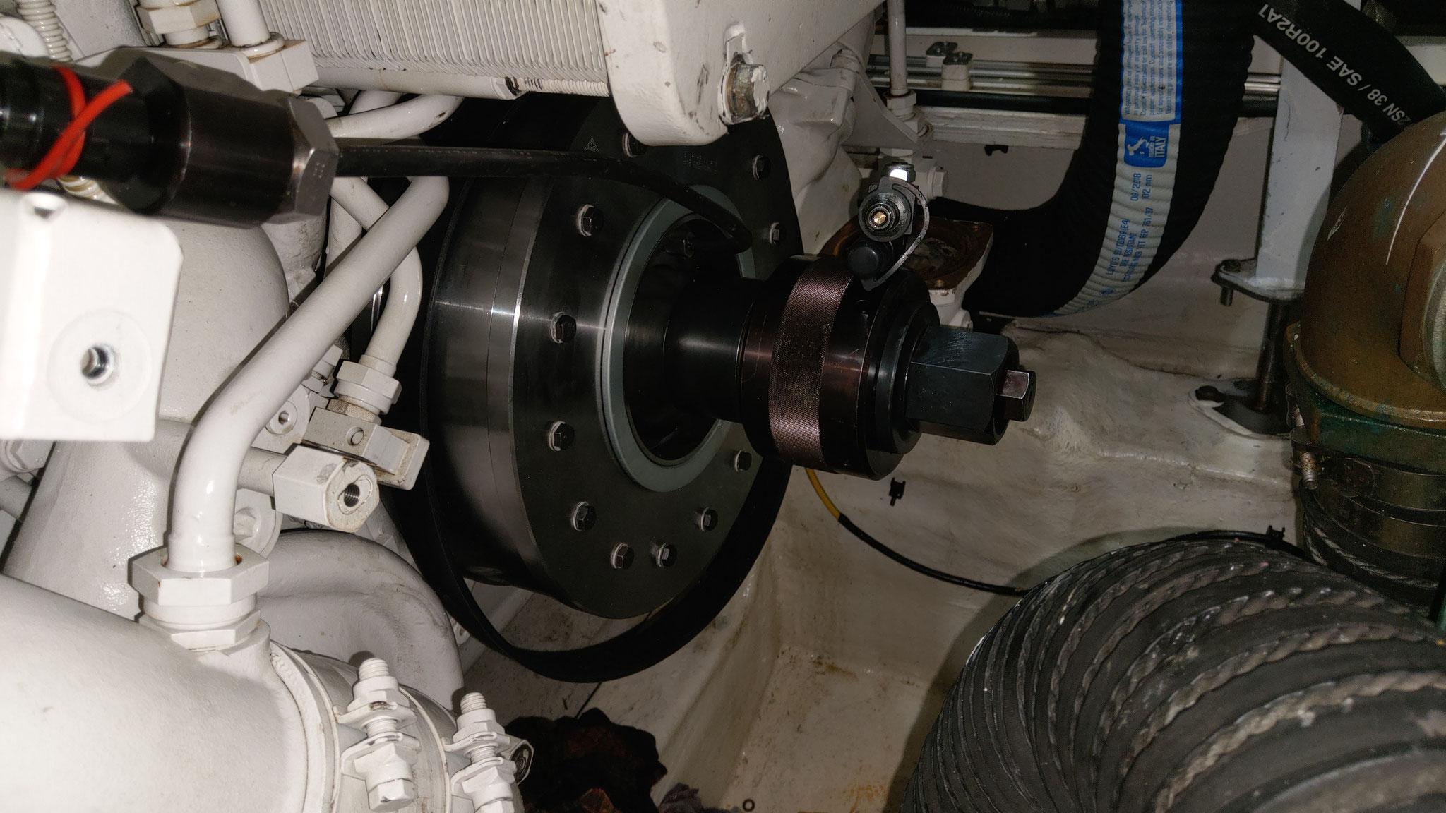 Installing vibration damper