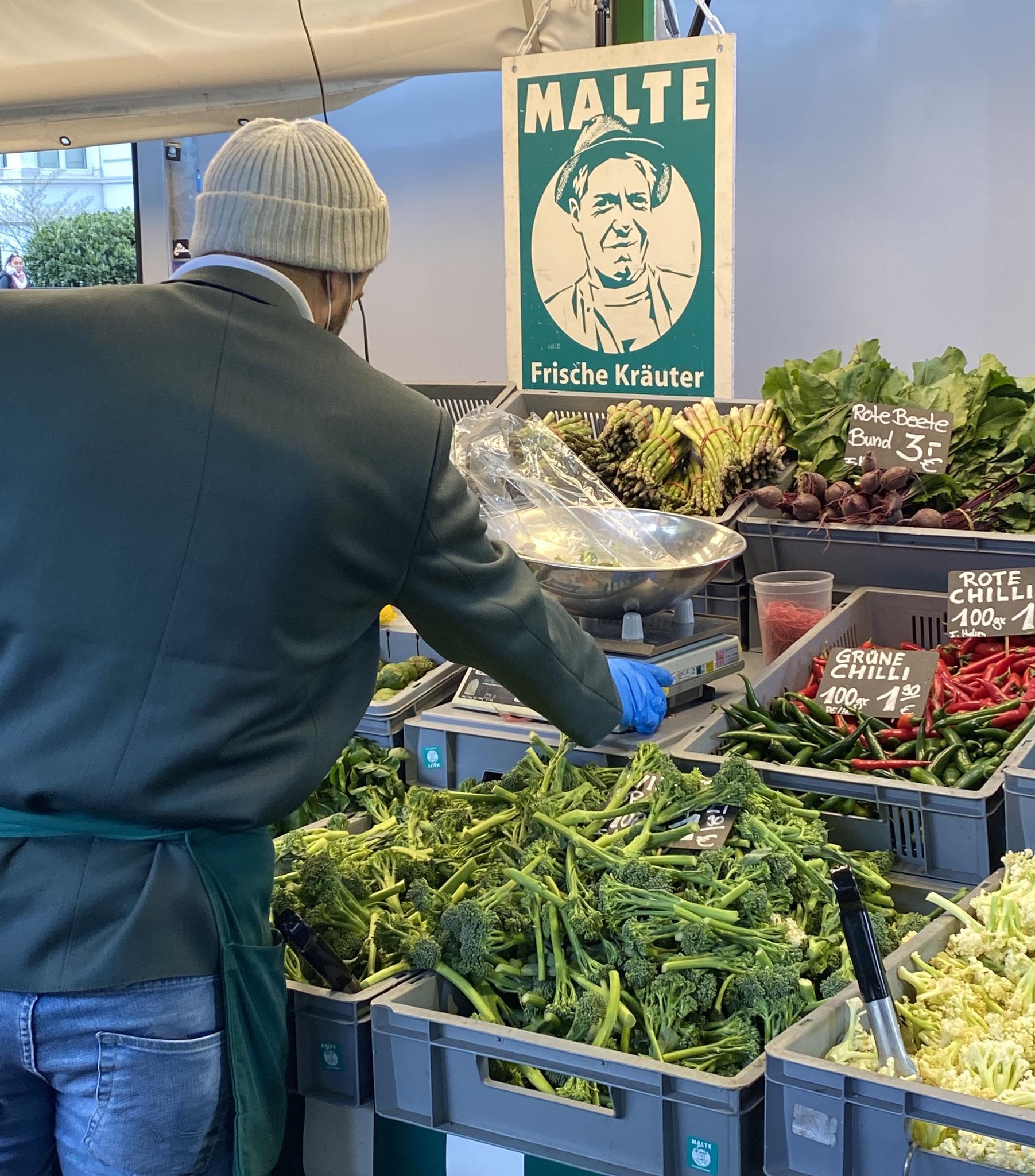 Malte Frische Kräuter - Marktstand