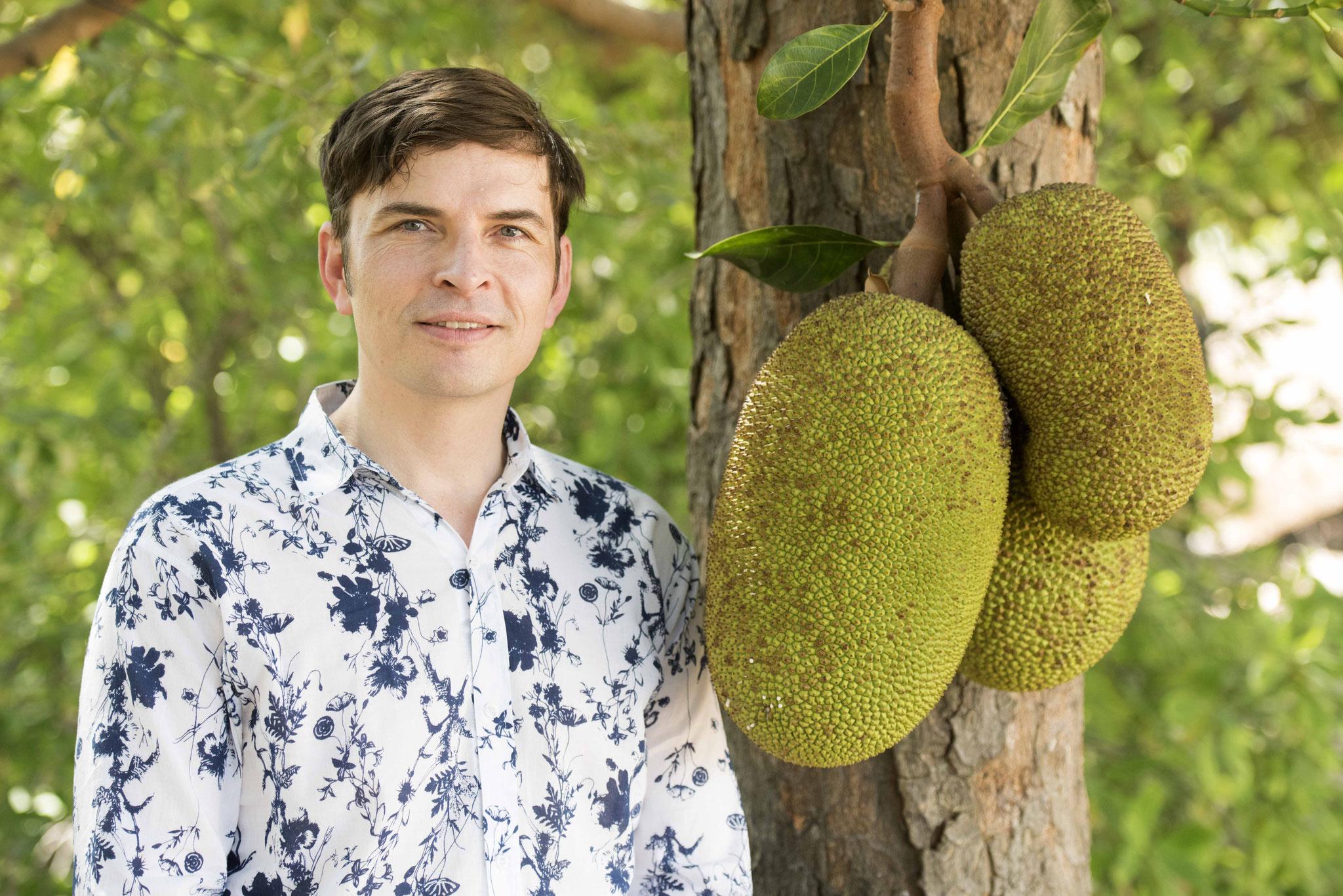 Stefan Fak mit Jackfruit