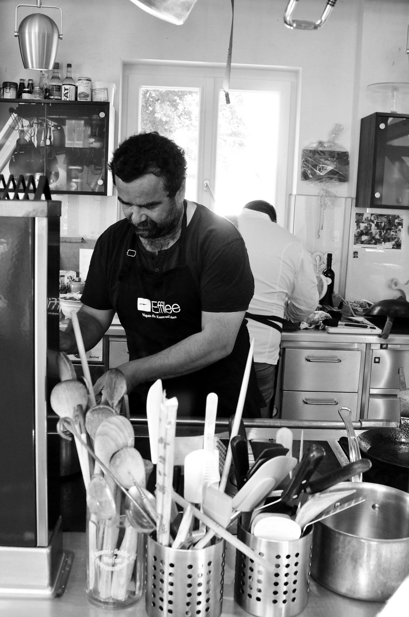 Vijay Sapre in der Küche