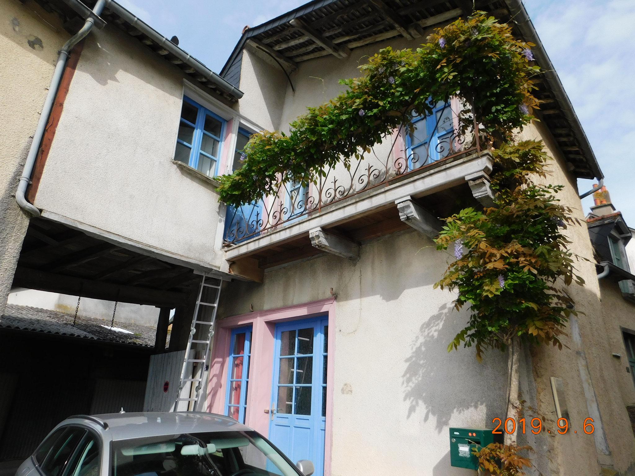 Maison de centre bourg : pierres, colombage ; extension sur porche en bois : expertise structure bois ancienne