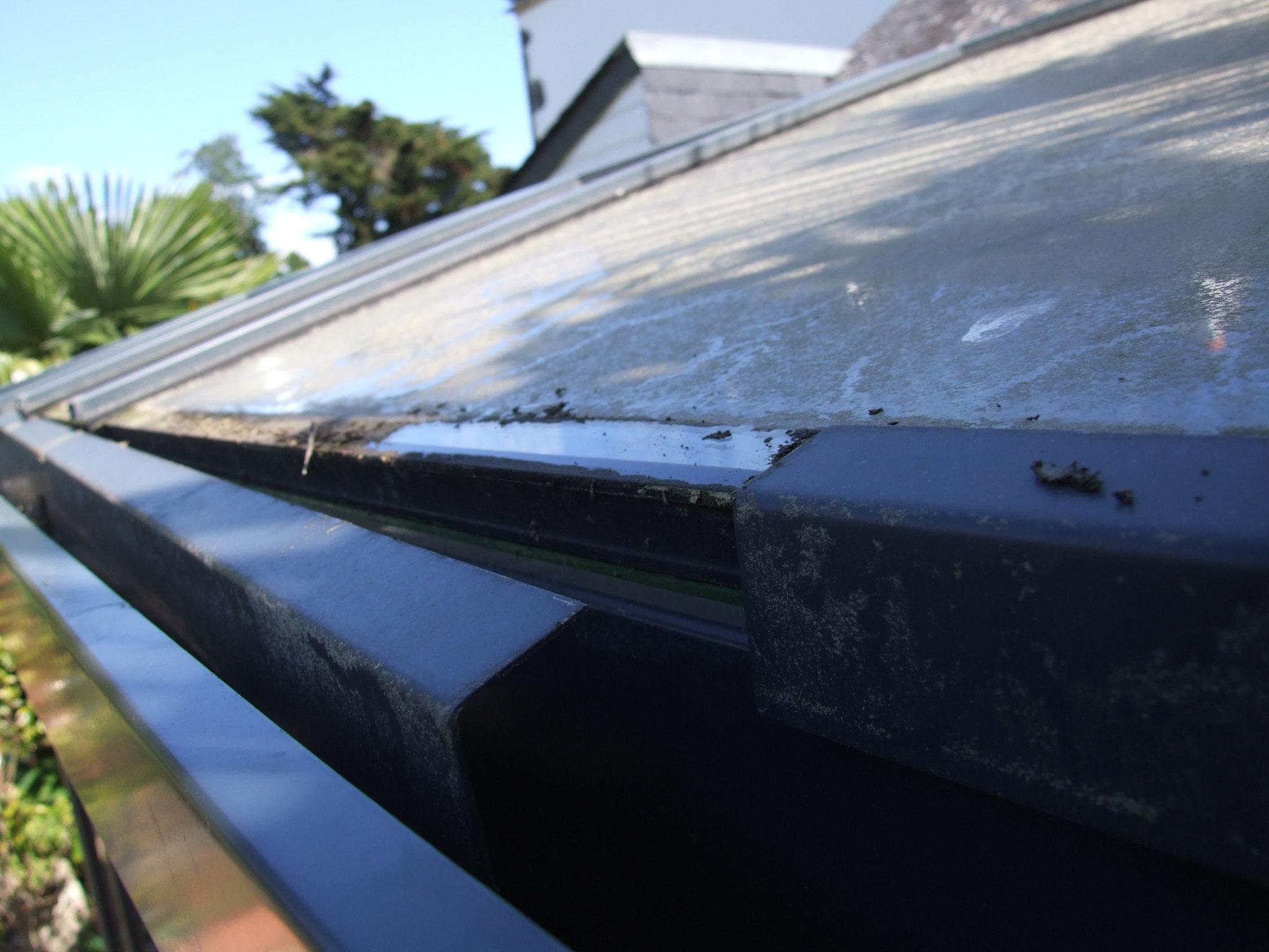 égout de verrière du toit : étanchéité inexistante