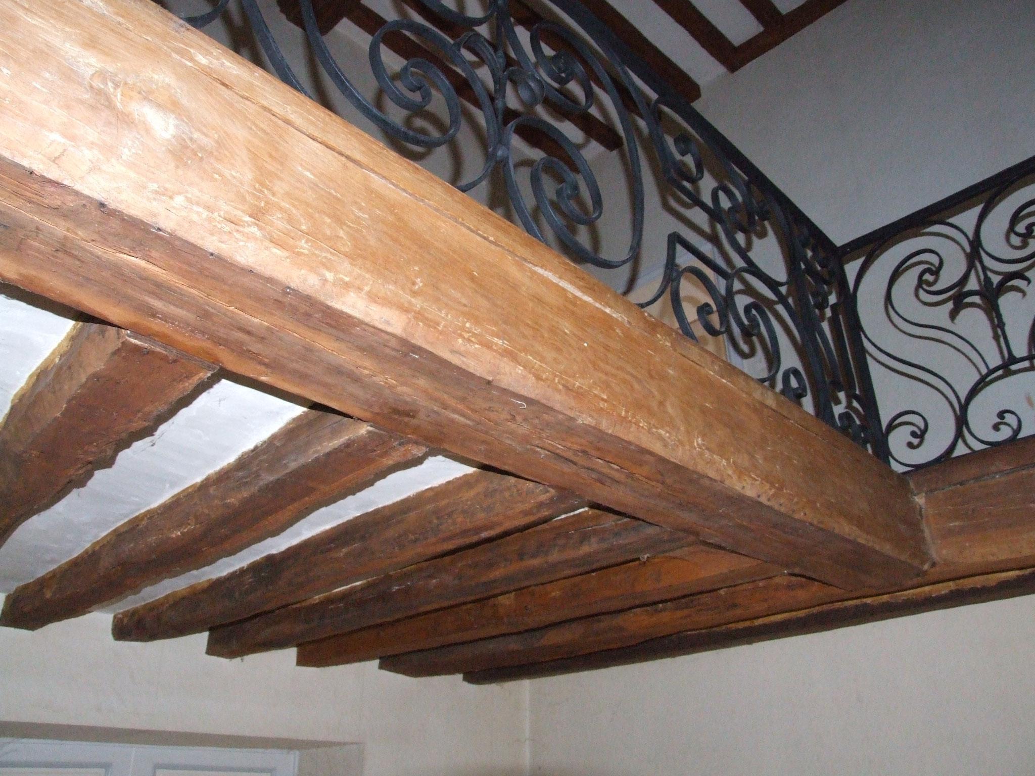 Presbytère : expertise d'un plancher bois ancien