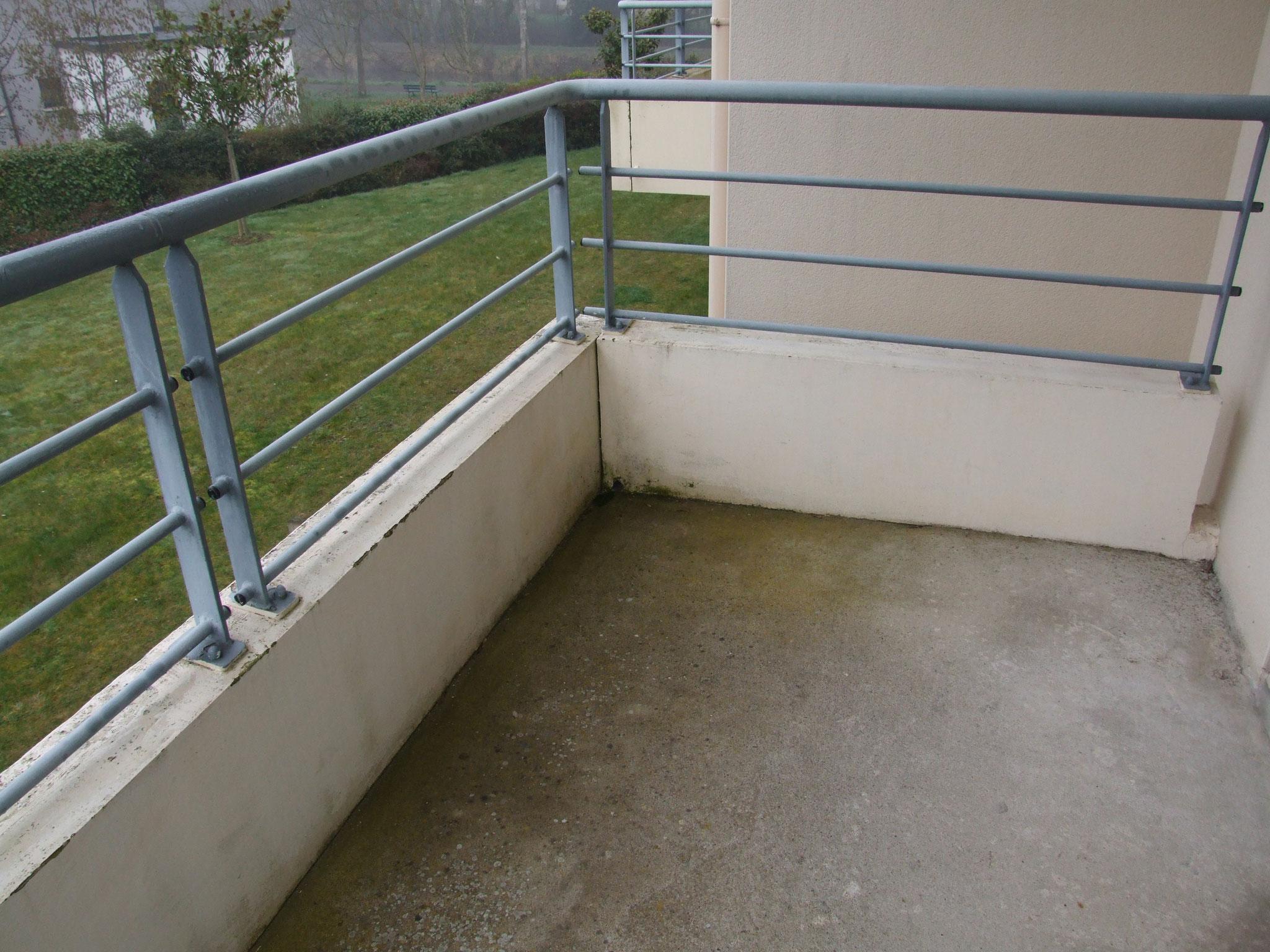 Balcon en béton : dégradation du béton, des aciers (4)