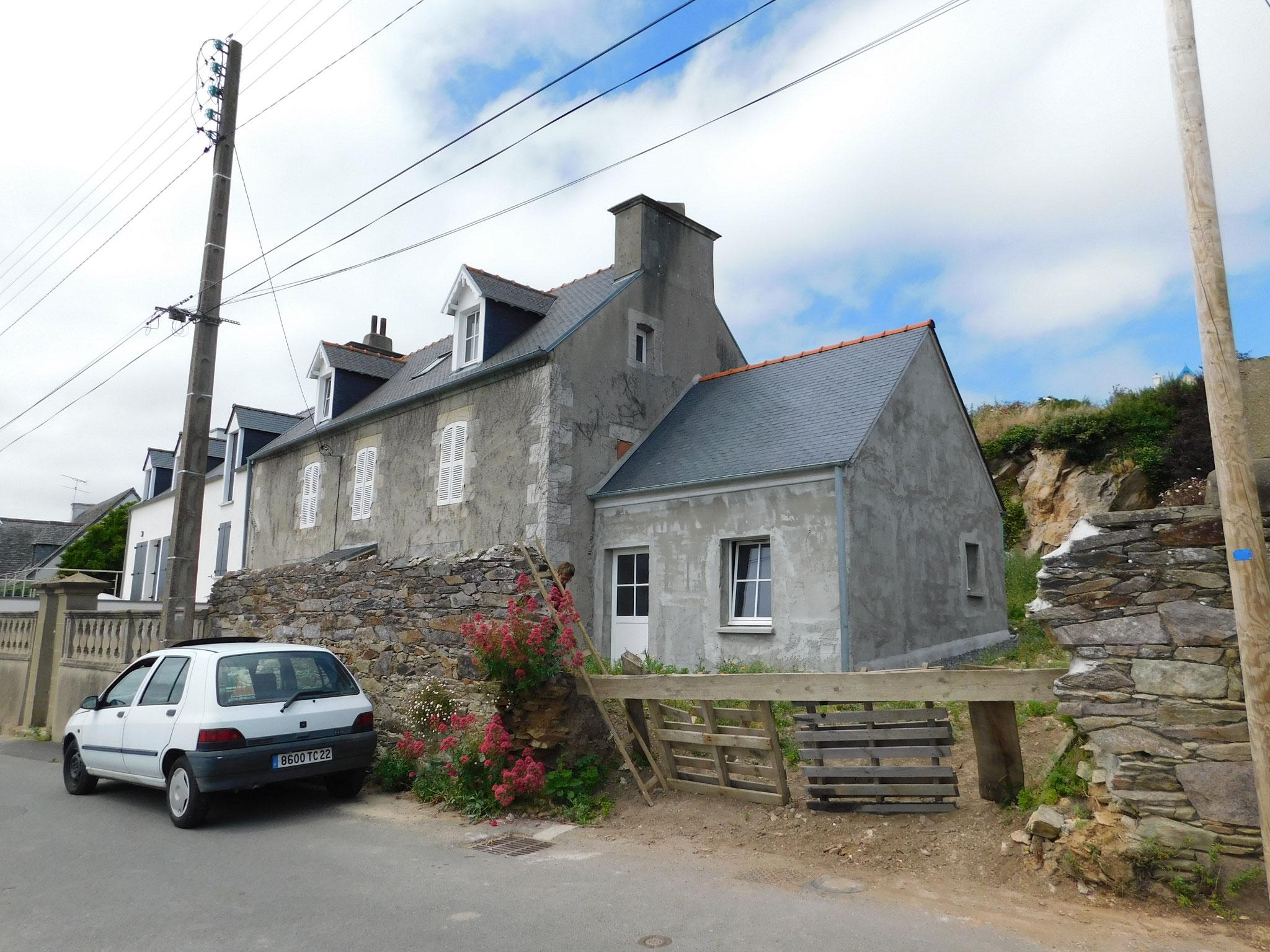 Extension en briques, d'une maison traditionnelle en pierres : expertise en cours de travaux