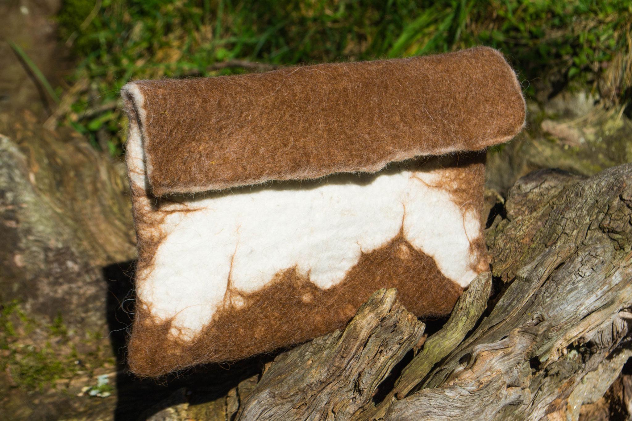 Bolso con fibra de alpaca