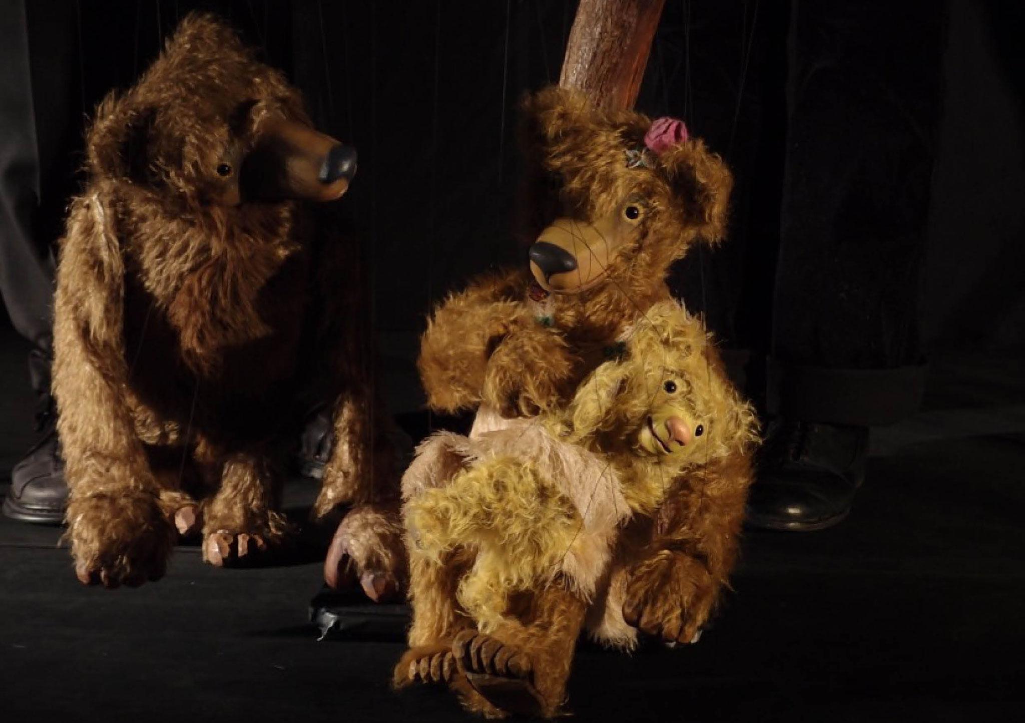 Die drei Bären: Blaue Bühne, Anne und Gernot Kunze, Monika und Jens Steffen, Marburg