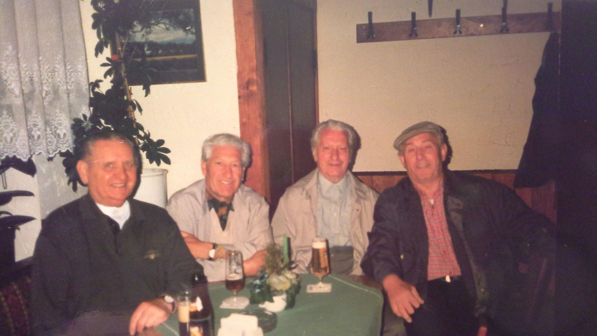 ...nach dem Spiel zum Bernadette / 1990er Jahre - Glauben Klaus, Amann Leonhard, Amann Adolf und Zenner Albert