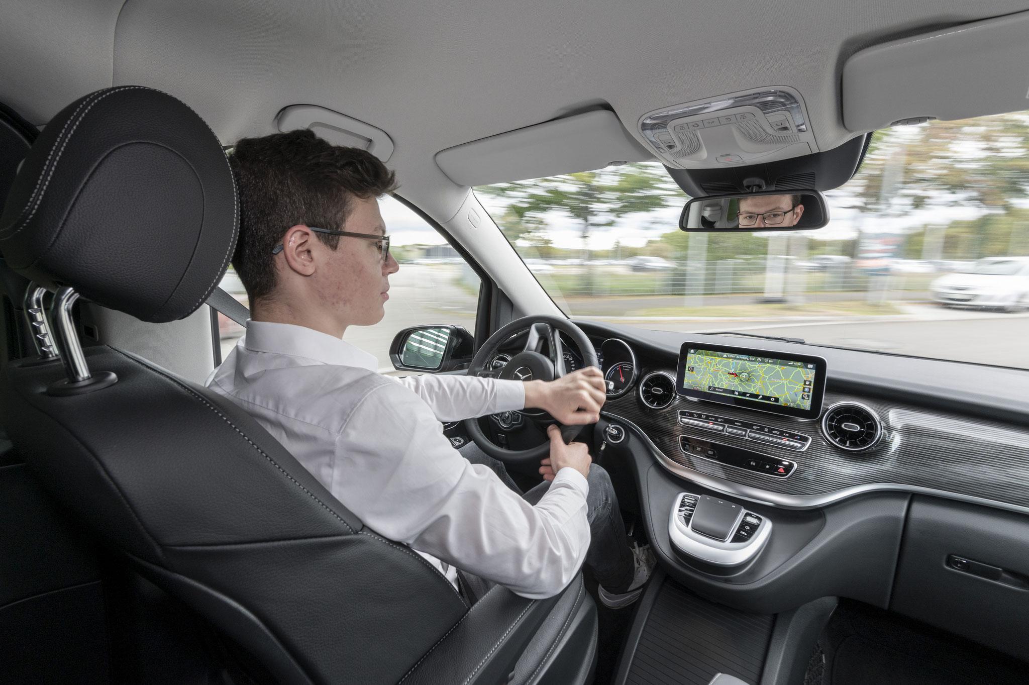 Auch, wenn der Gesichtsausdruck nicht passt: Das Fahren hat großen Spaß gemacht