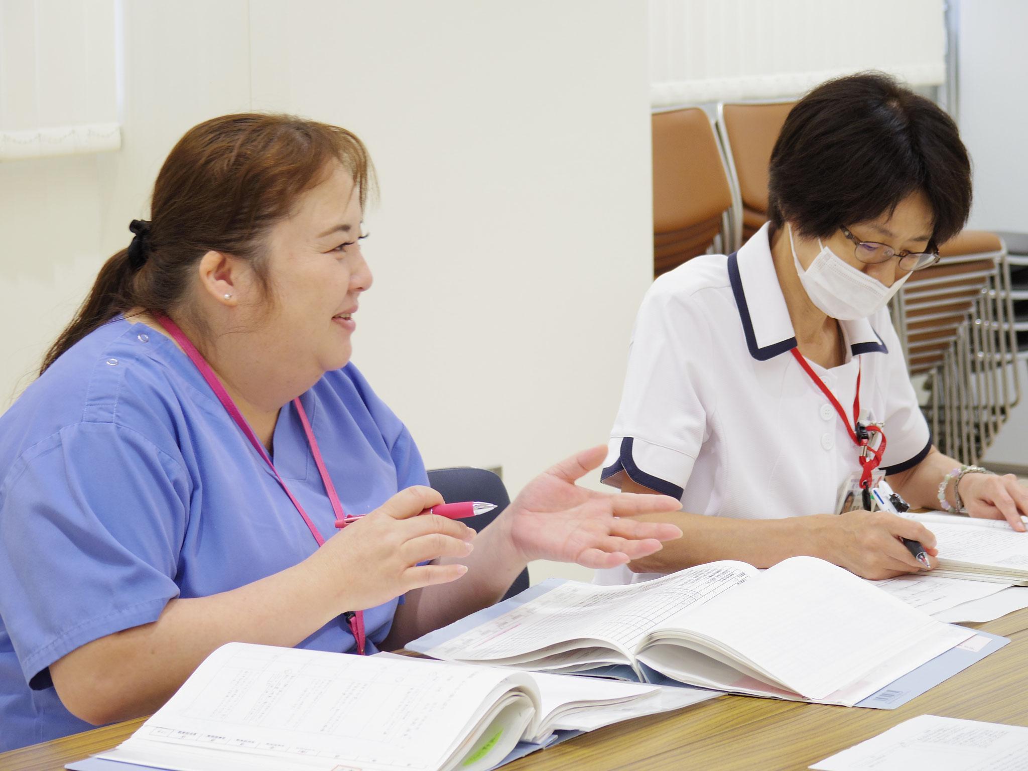 新人看護師の成長のために、教育担当者がしっかりと寄り添います