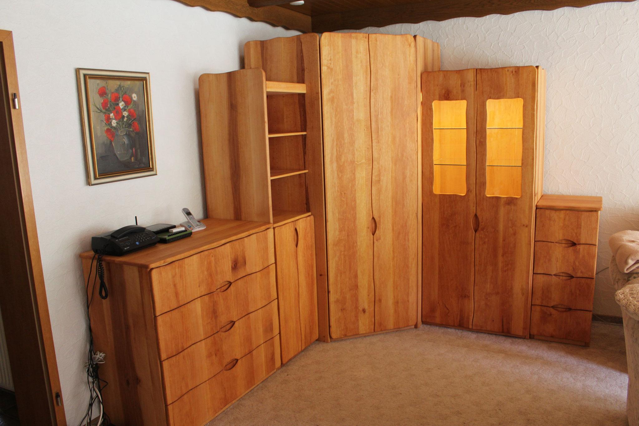wohnzimmer schr nke i tuepfeles webseite. Black Bedroom Furniture Sets. Home Design Ideas