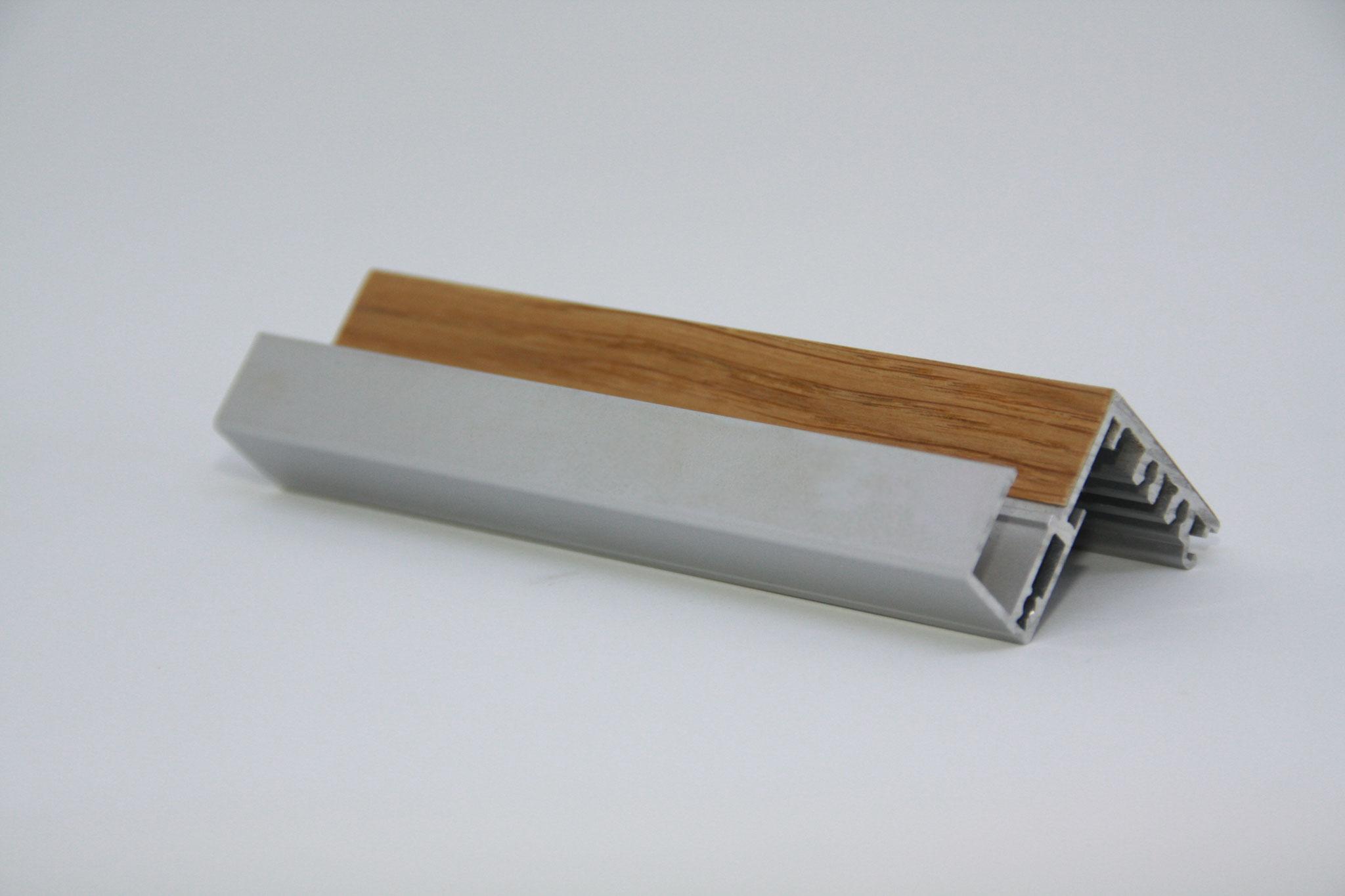 Konstruktionsleiste - Einsatz: im Möbelbau, Türen, statische Anforderung, Träger: Alu Profil, Oberfläche: Teilfurniert mit Eiche