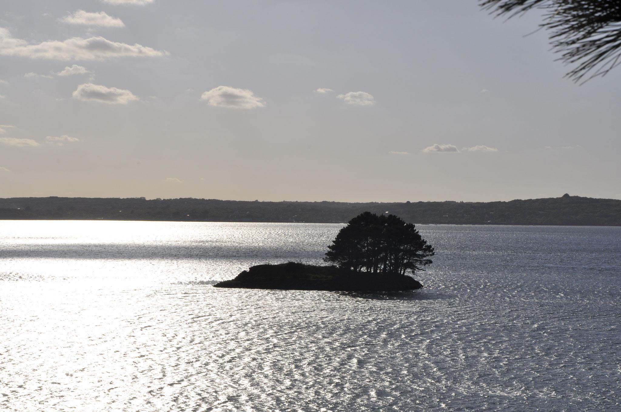 Coucher de soleil sur l'île en avril