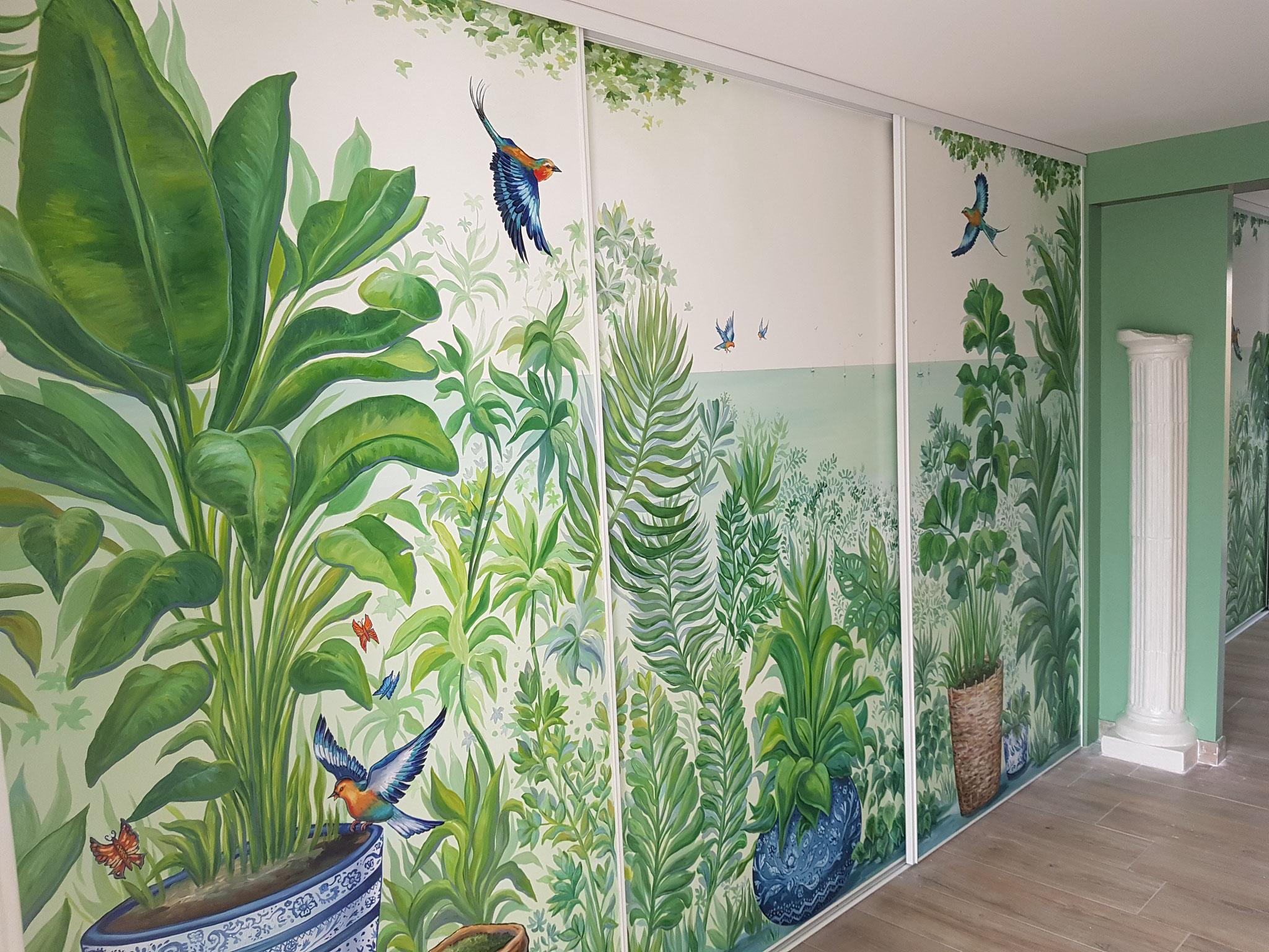 Décor peint sur placard 2 x 3.5m et peintures murales assorties