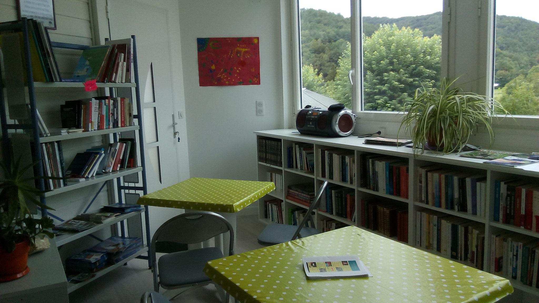 La bibliothèque du village de vacances
