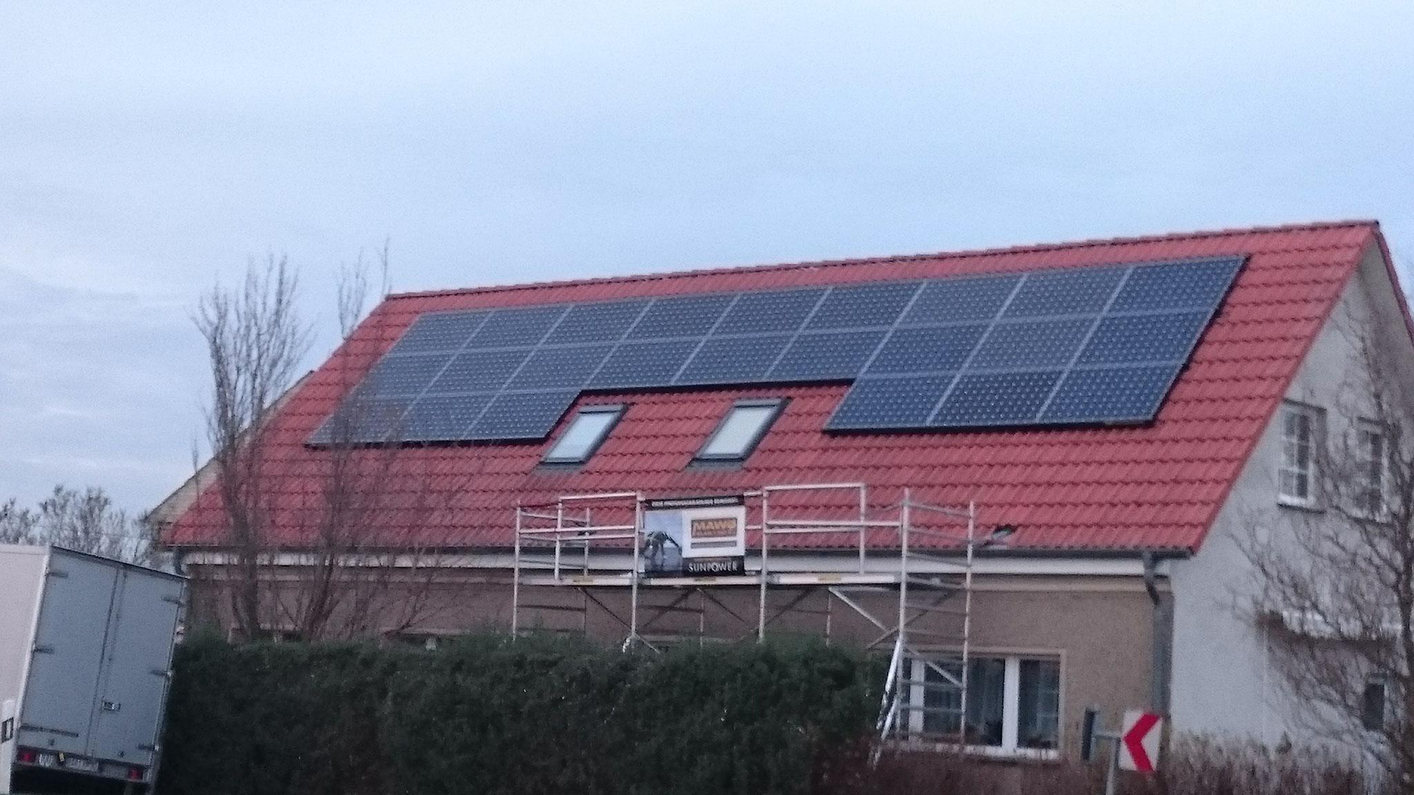 7,848 kWp Sunpower mit Solaredge Wechselrichter SÜD in Märkisch Linden