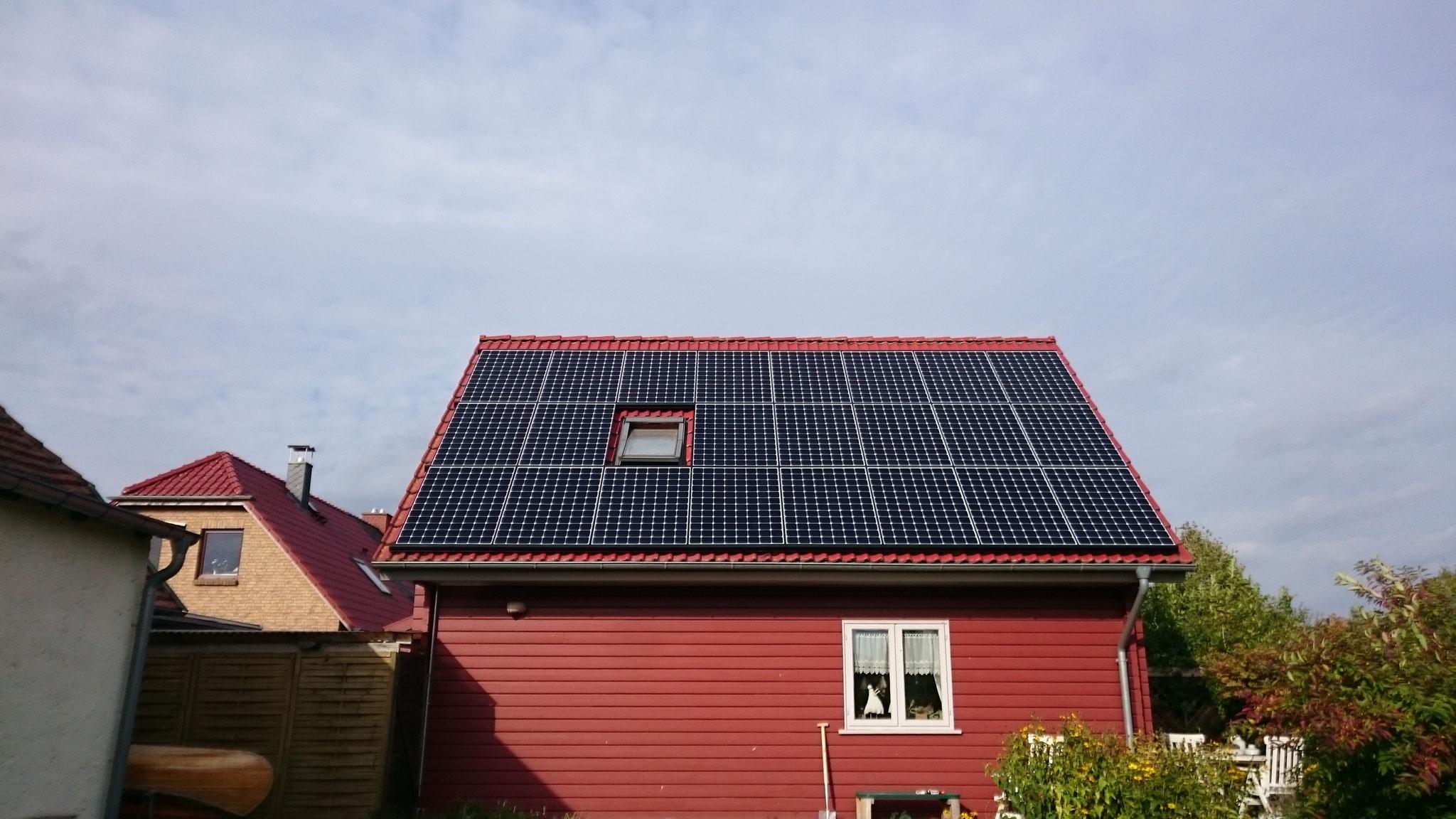 7,521 kWp Sunpower mit Solaredge Wechselrichter inkl. Senec Li Speicher 7,5 kW und SENEC.CLOUD 100% Unabhängigkeit in Malchow