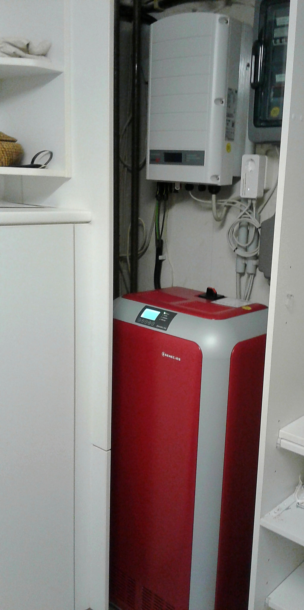 7,5 kW Li Senec Speicher inkl. Senec.Cloud 2.0 in Kombination mit einer Sunpower PV-Anlage in Berlin Rudow