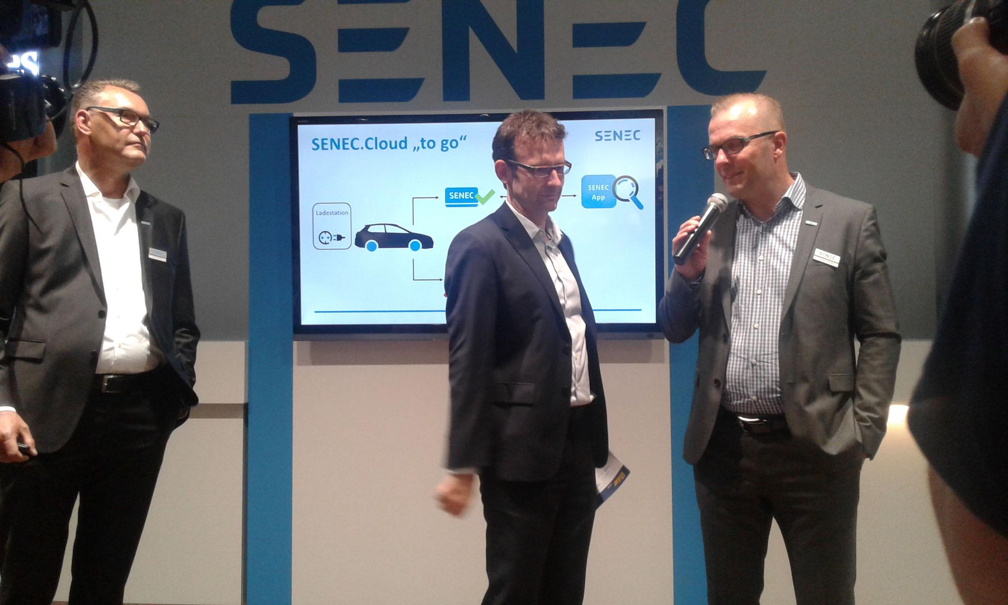 Intersolar -  Jetzt gibt es auch die Senec Clou für Ihr Elektro-Auto.  Weitere Informationen bei uns.