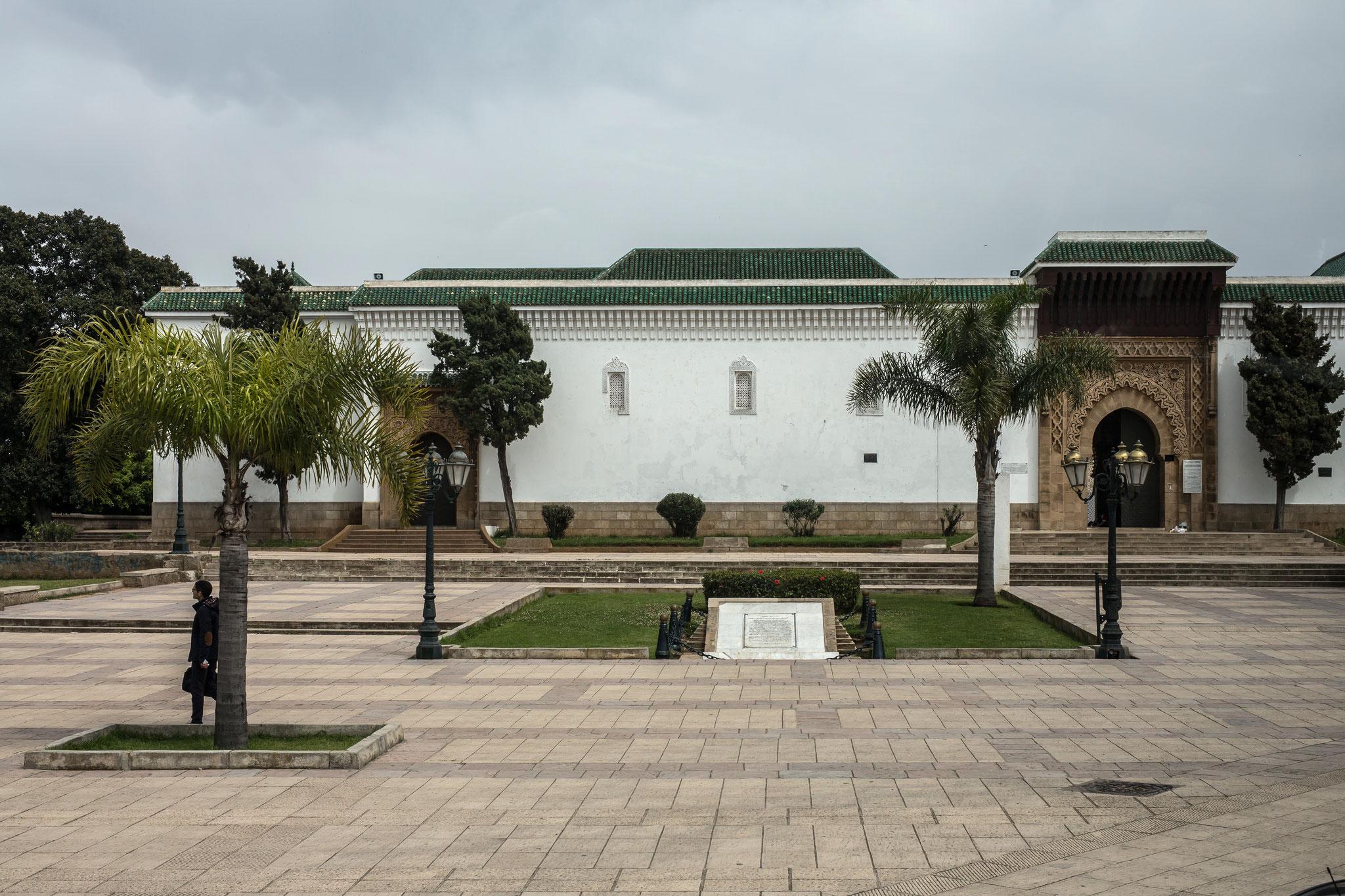Rabat. Platz vor der Freitagsmoschee.
