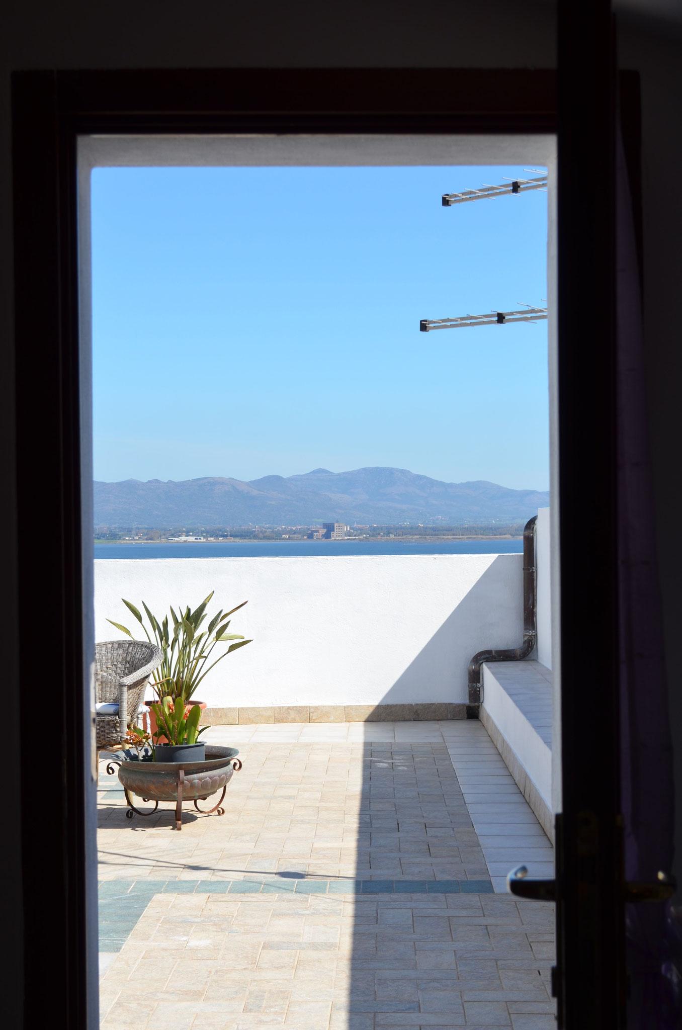 """Vue panoramique de l'entrée de la chambre """"Le Belvédère"""""""