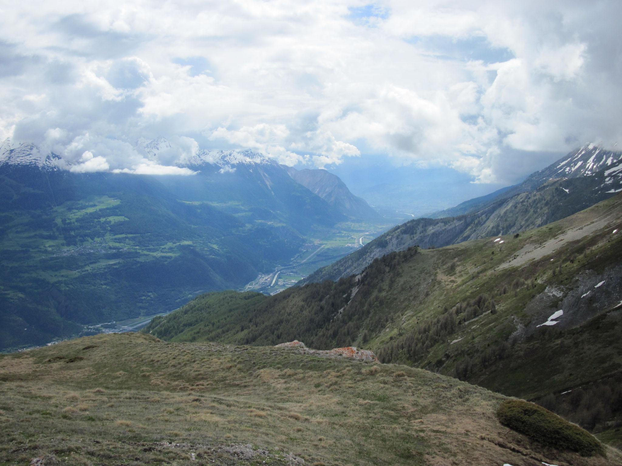 Ausblick ins Rhonetal im Wallis