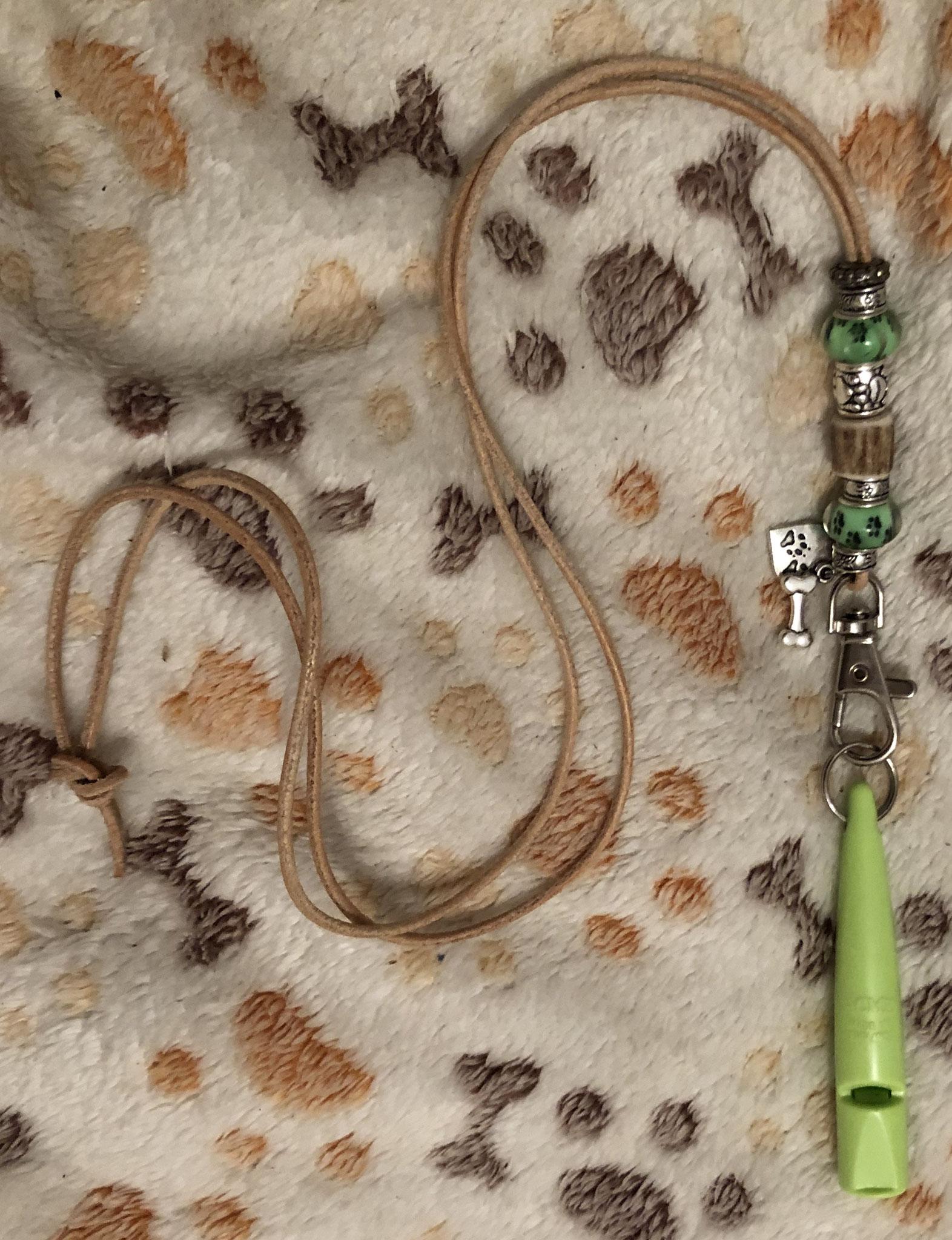 3 so schöne Pfeifenbänder haben wir :-) !