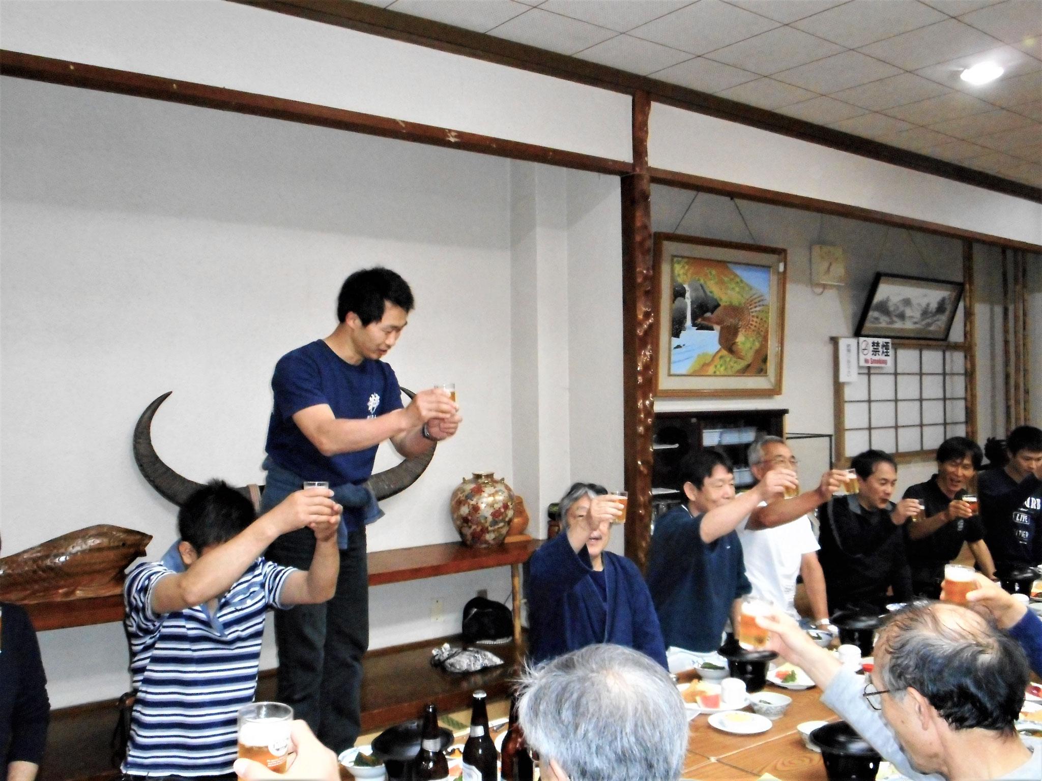 田中先生の乾杯!飲むぞ~❣