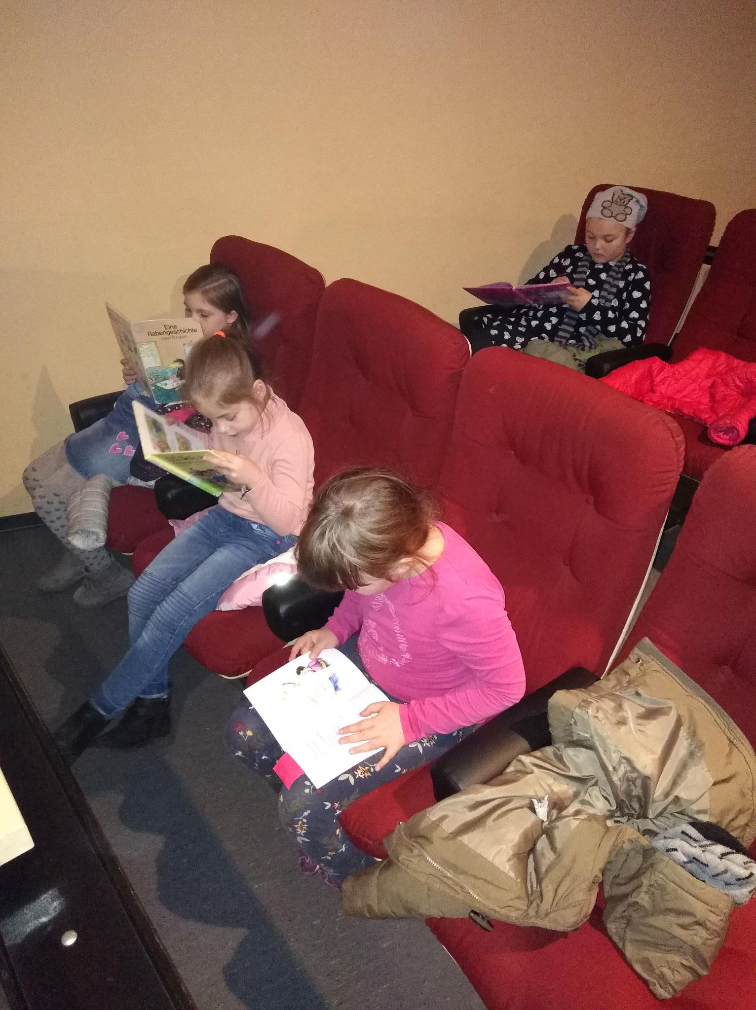 Laurentiusschüler der SEP 4 im Scala Filmtheater