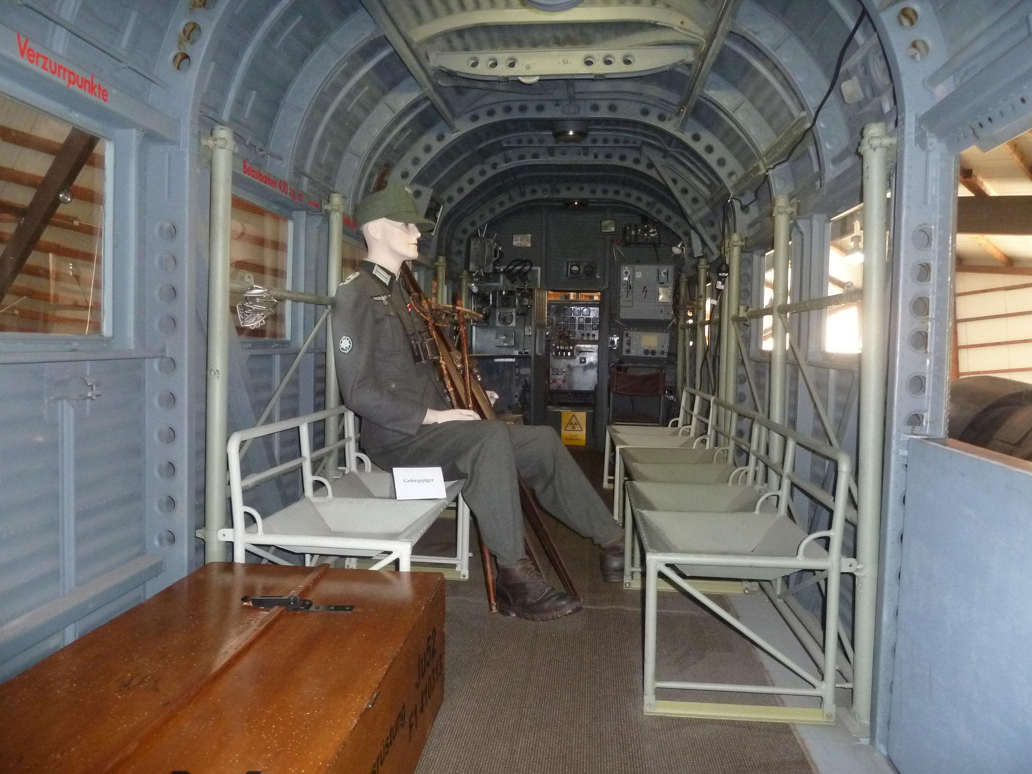 Der Frachtraum der JU 52