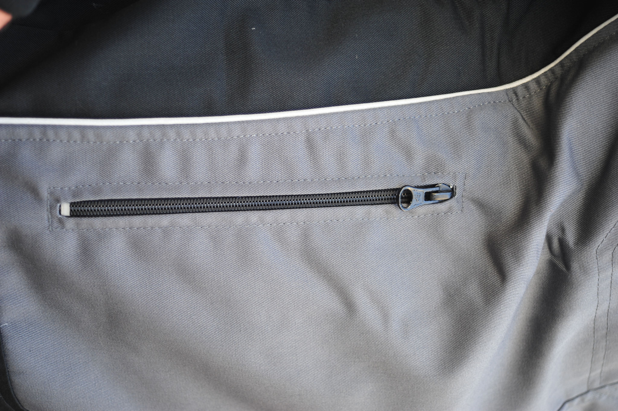 Durable zippers