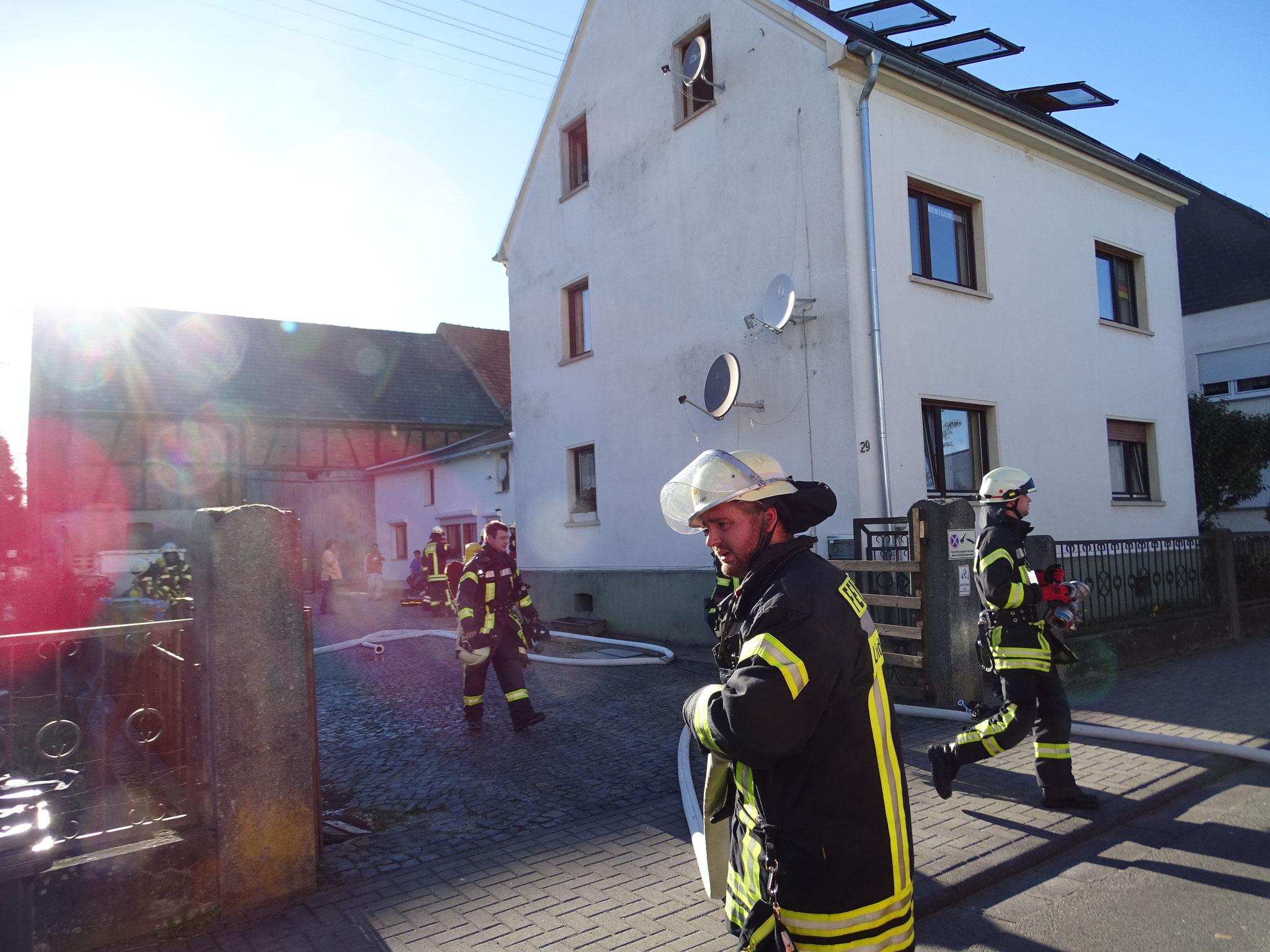 Brand Lindenholzhausen 27.03.2017 - (c) FF Limburg