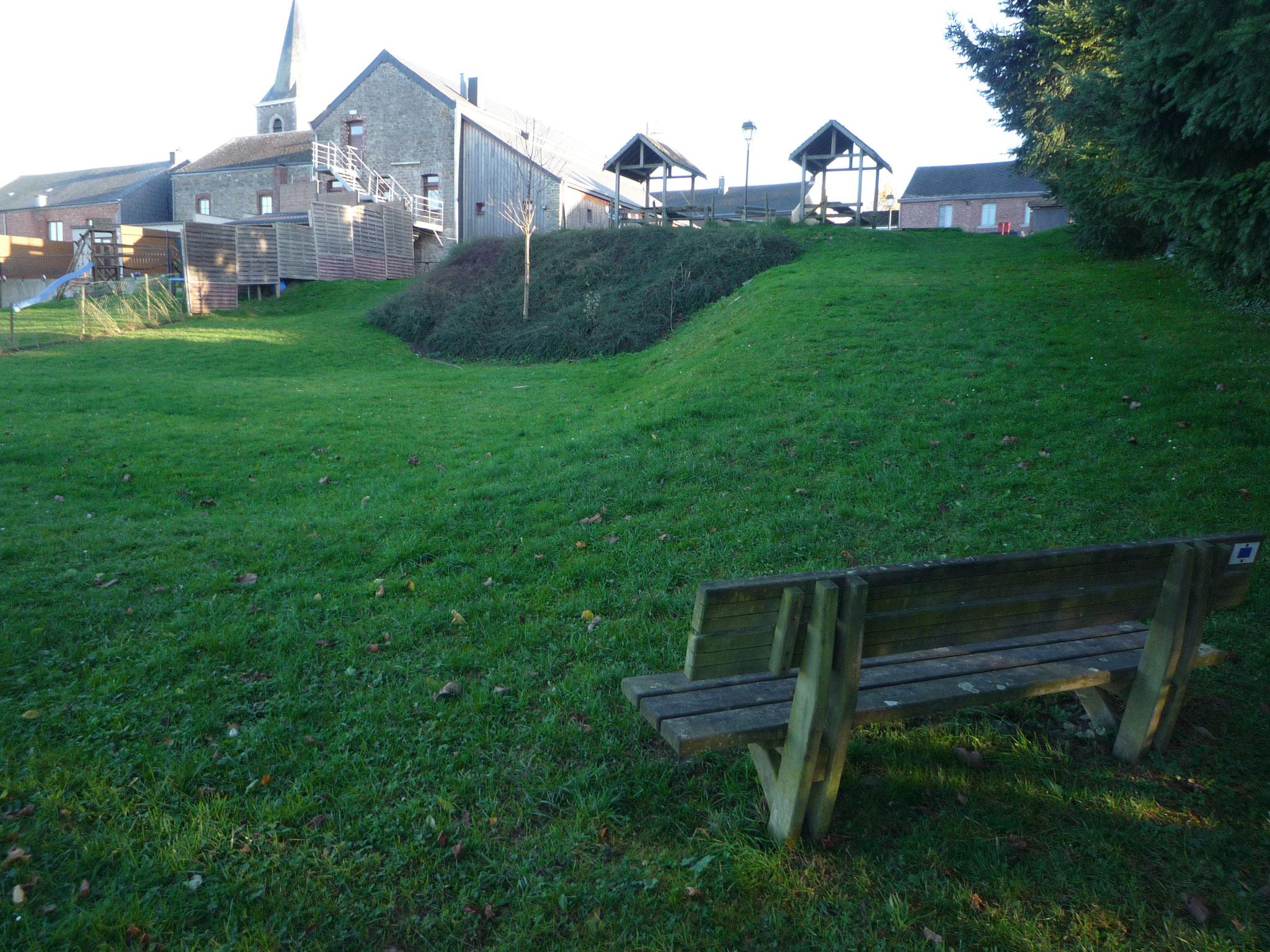 Equipement site du village de marenne for Jeu scout exterieur