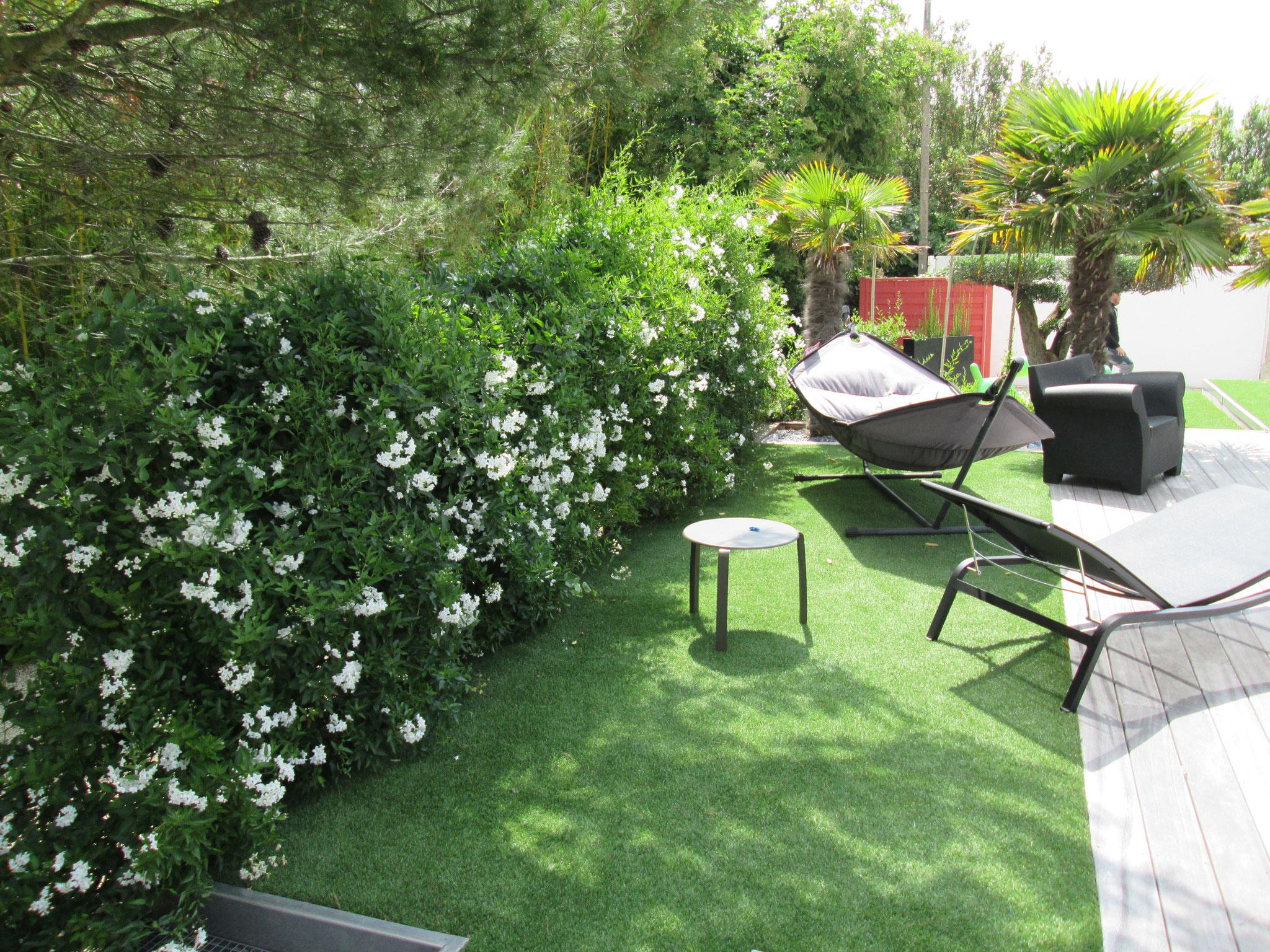 cr ation de jardin thenault paysage paysagiste en charente maritime 17. Black Bedroom Furniture Sets. Home Design Ideas