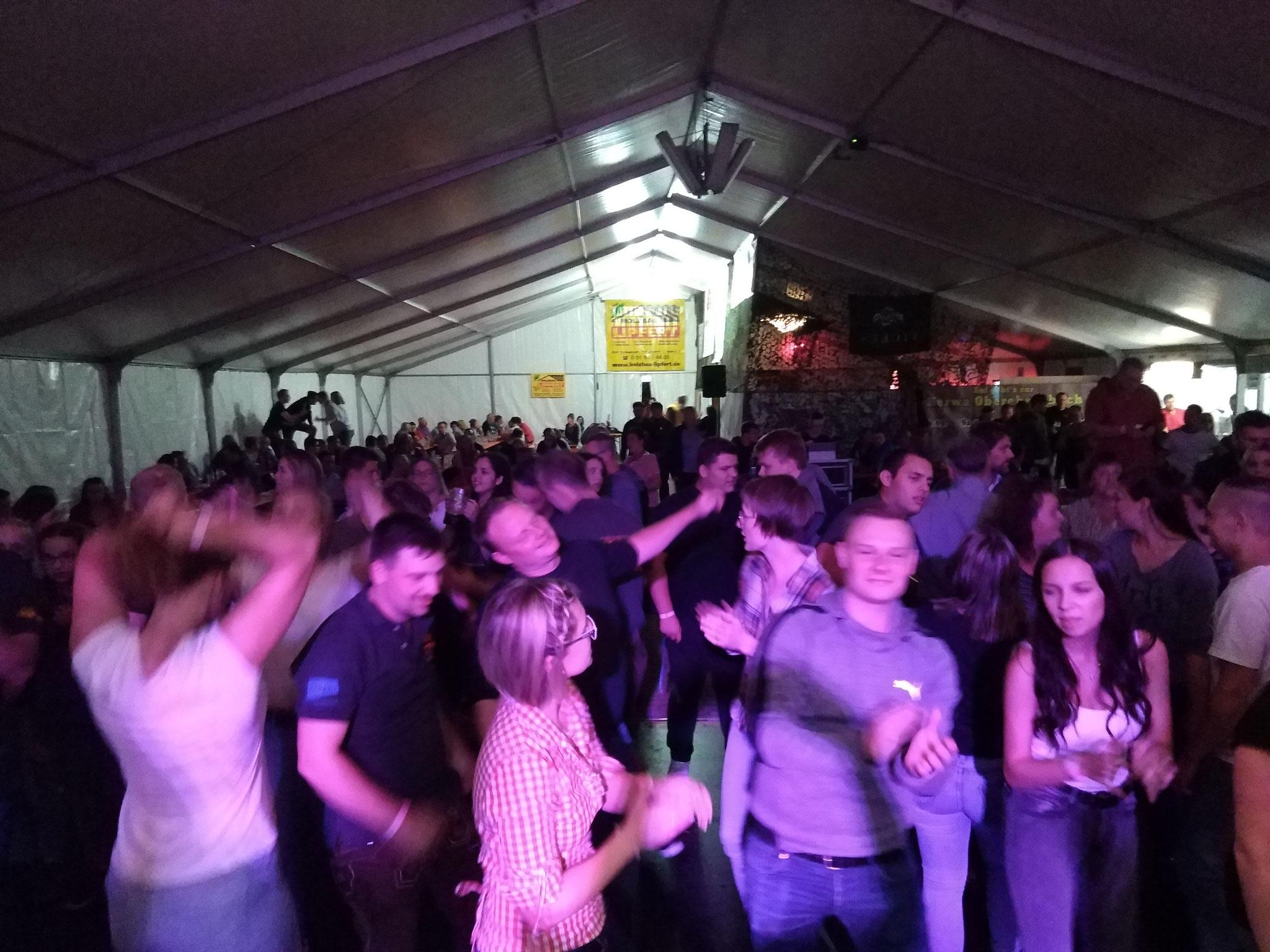 Kerwa Samstag - Die Stadelhofner