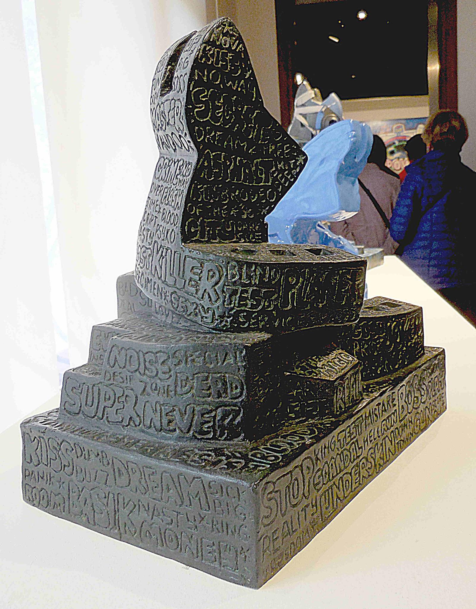 Lapinture incisé, sculpture métal
