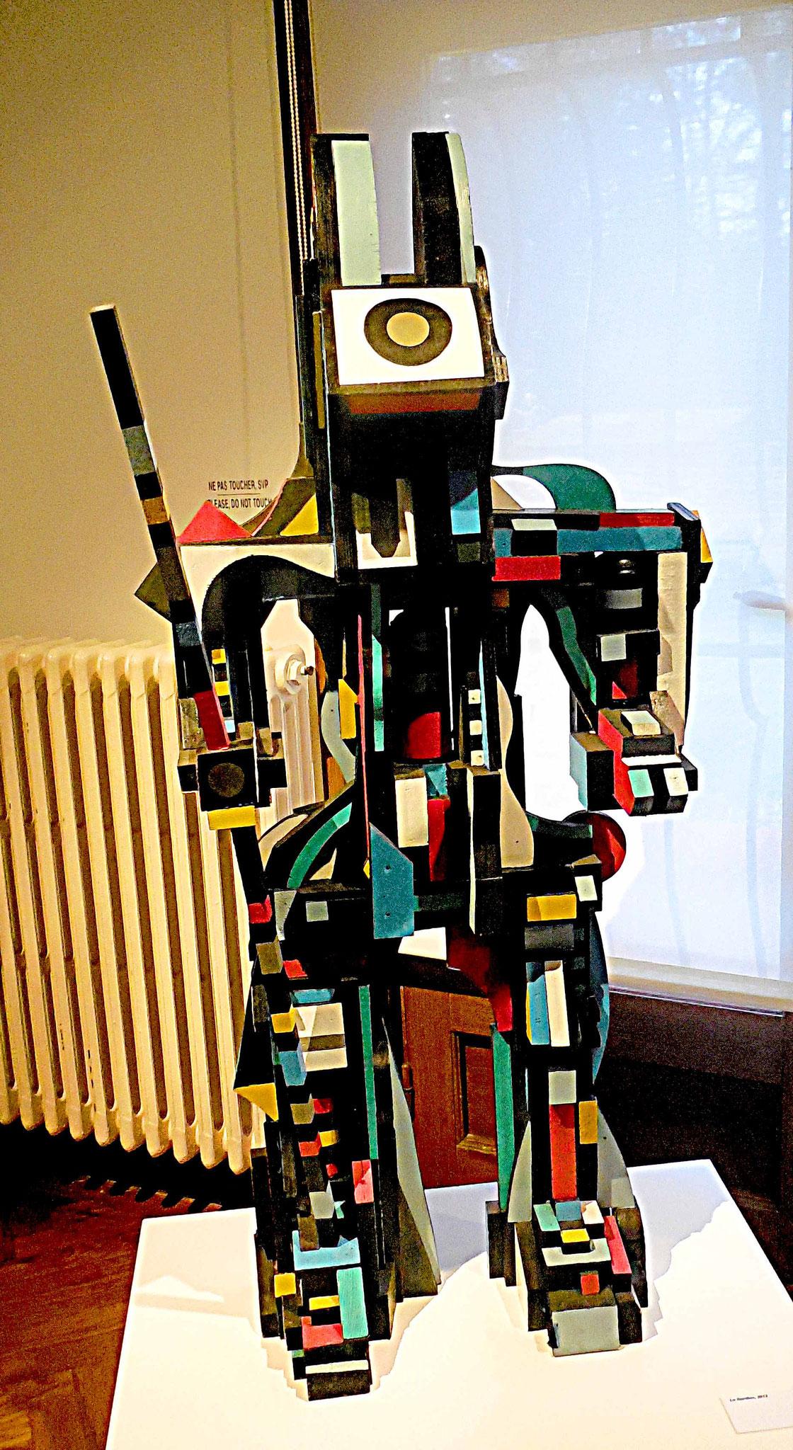 Lapinture armé, sculpture bois peint