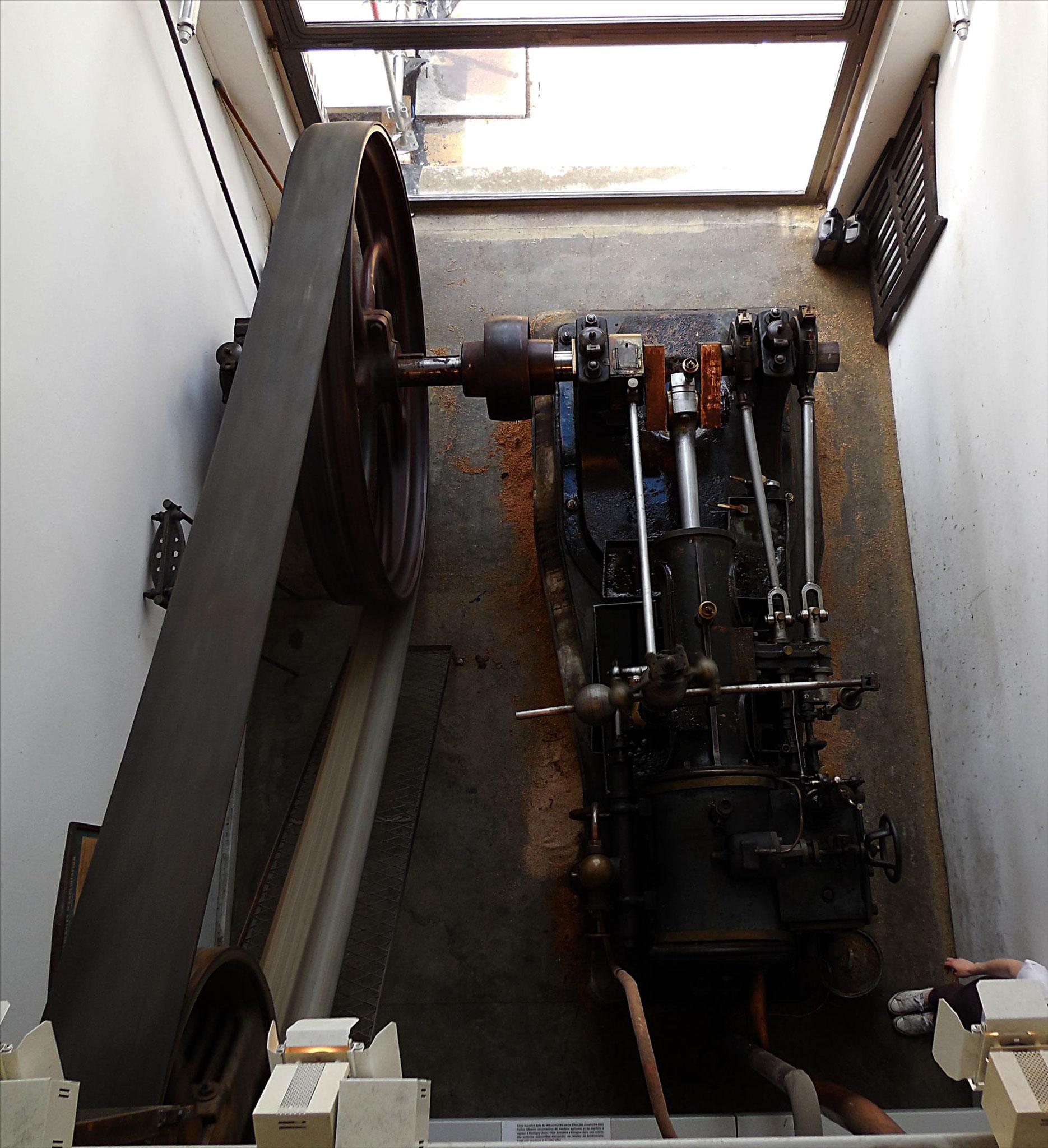 Vue supérieure de la machine à vapeur centrale