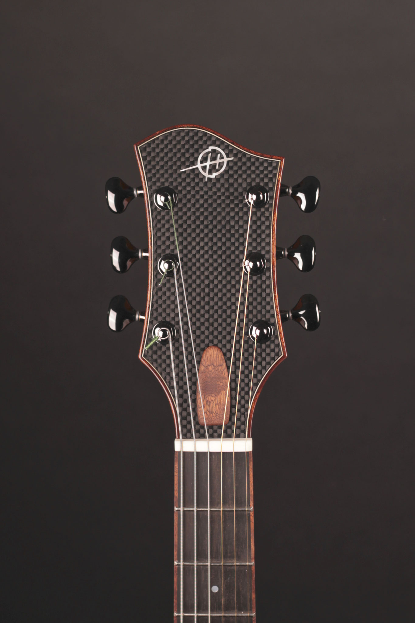 "16"" Montreux Model, carbon fiber headstock"