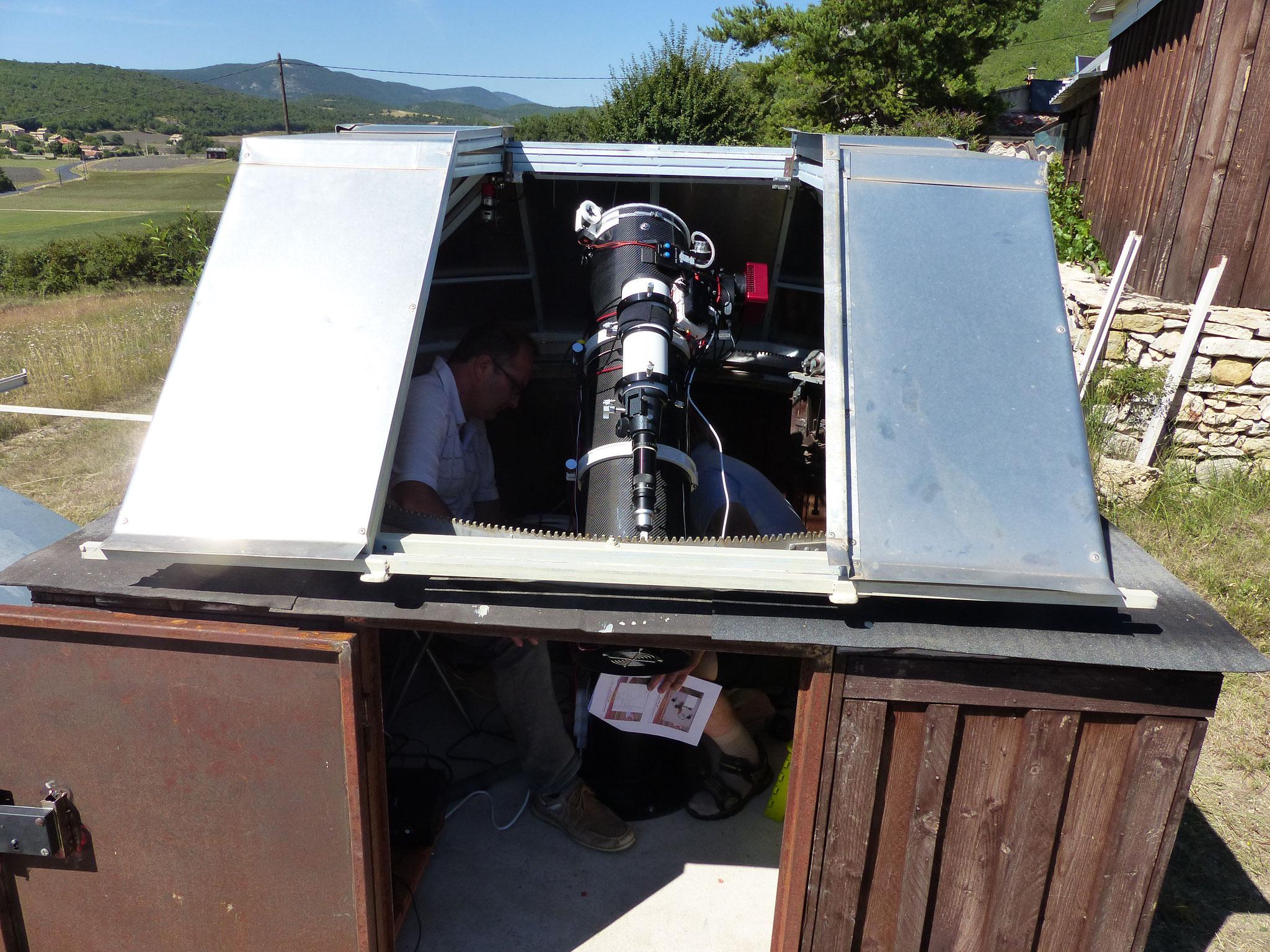 """Télescope Newton, ONTC 8"""" et CCD Atik 383L sur monture EQ8"""