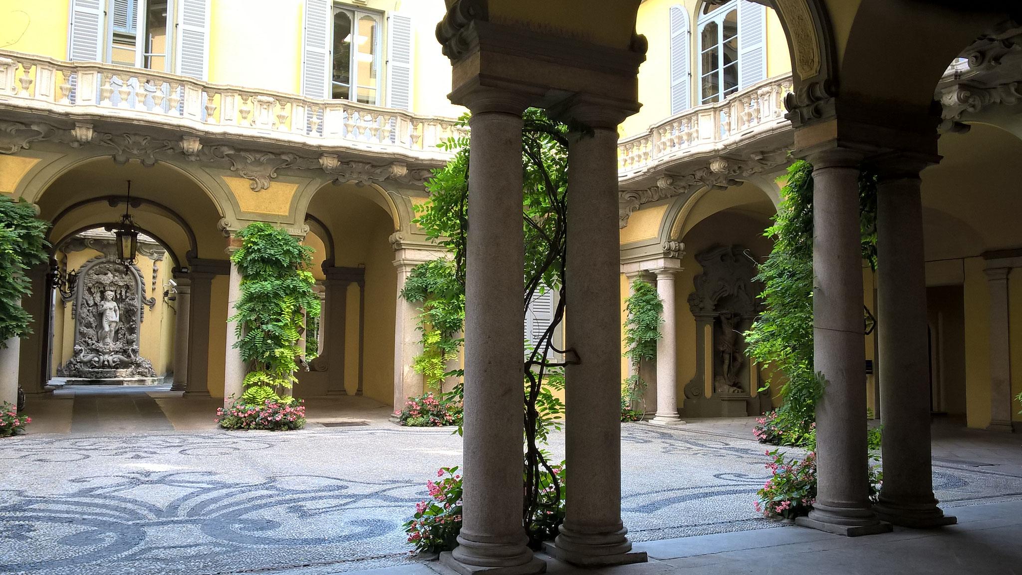 Palazzo Bolagnos Visconti di Modrone