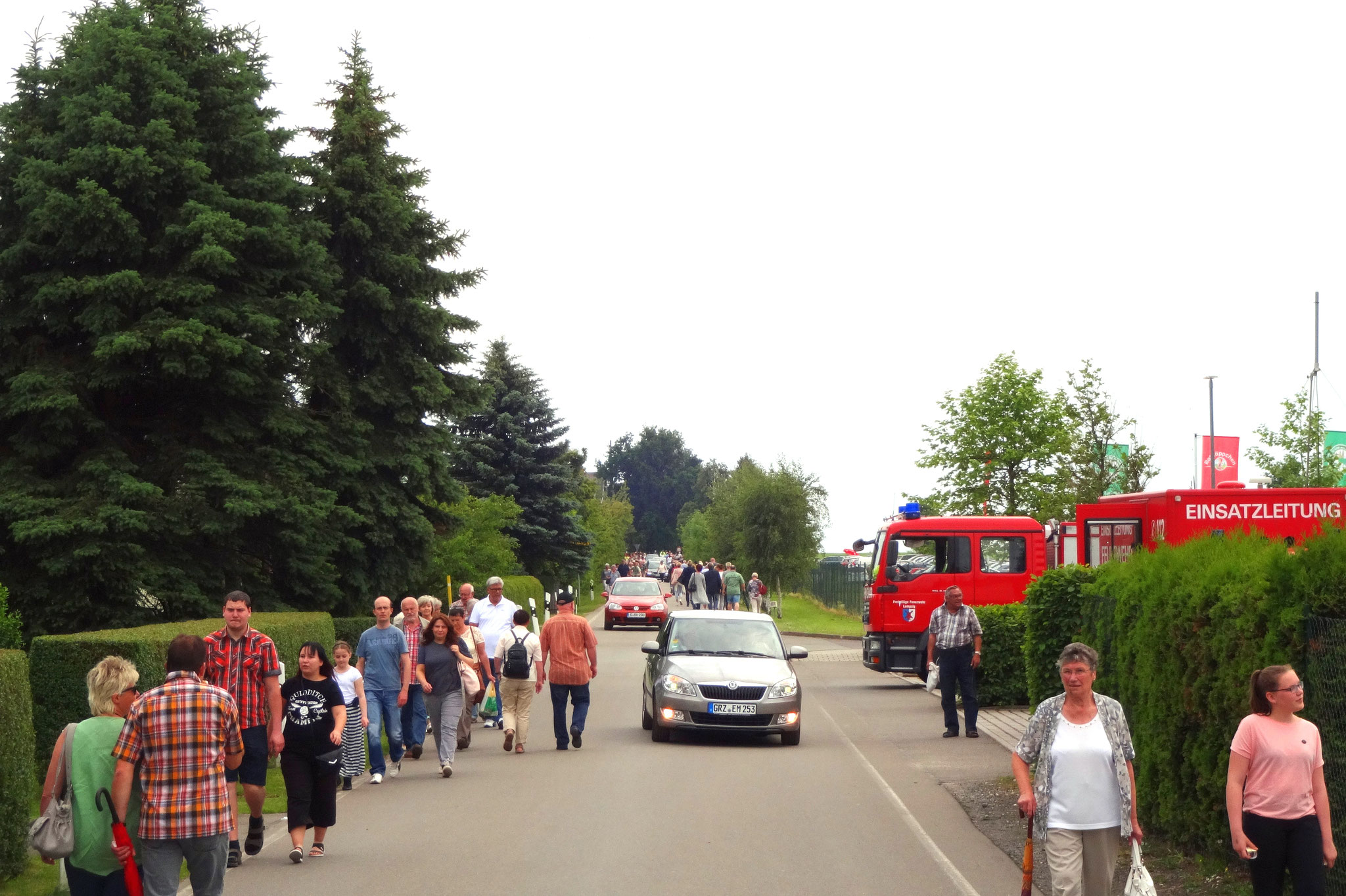 Die Ausfahrt an der Käserei Hartha Bild: Dietmar Nikelat
