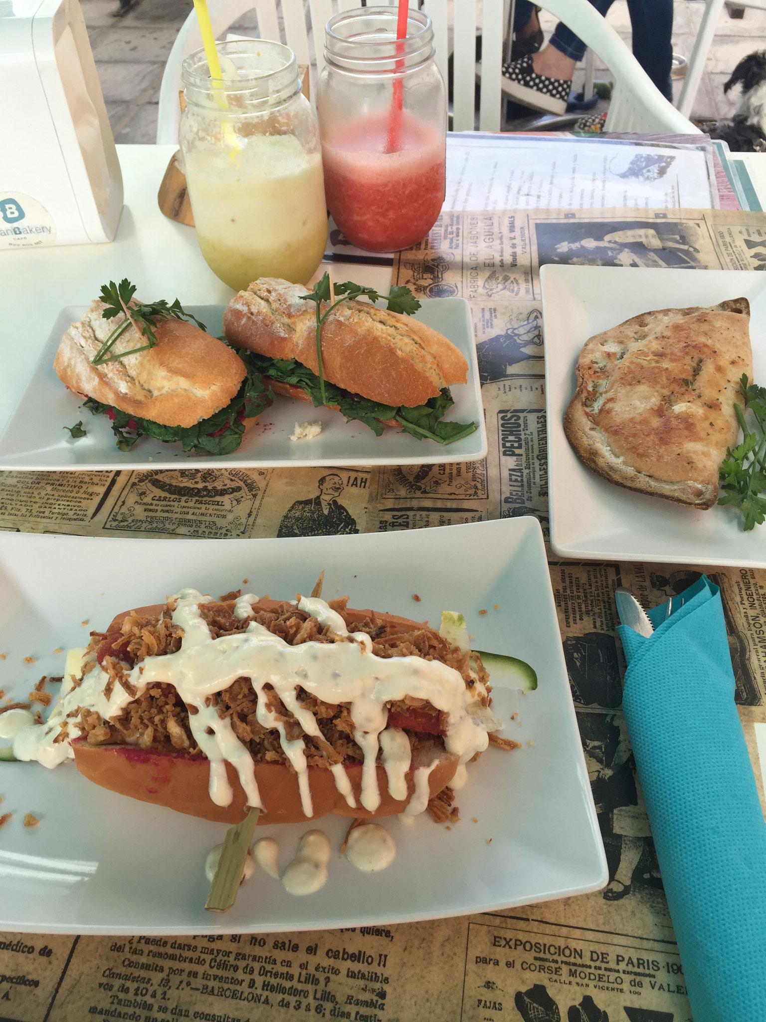 PlanBakery Cafe, hummus sandwich, veggie empanada, vegan hotdog. Candelaria