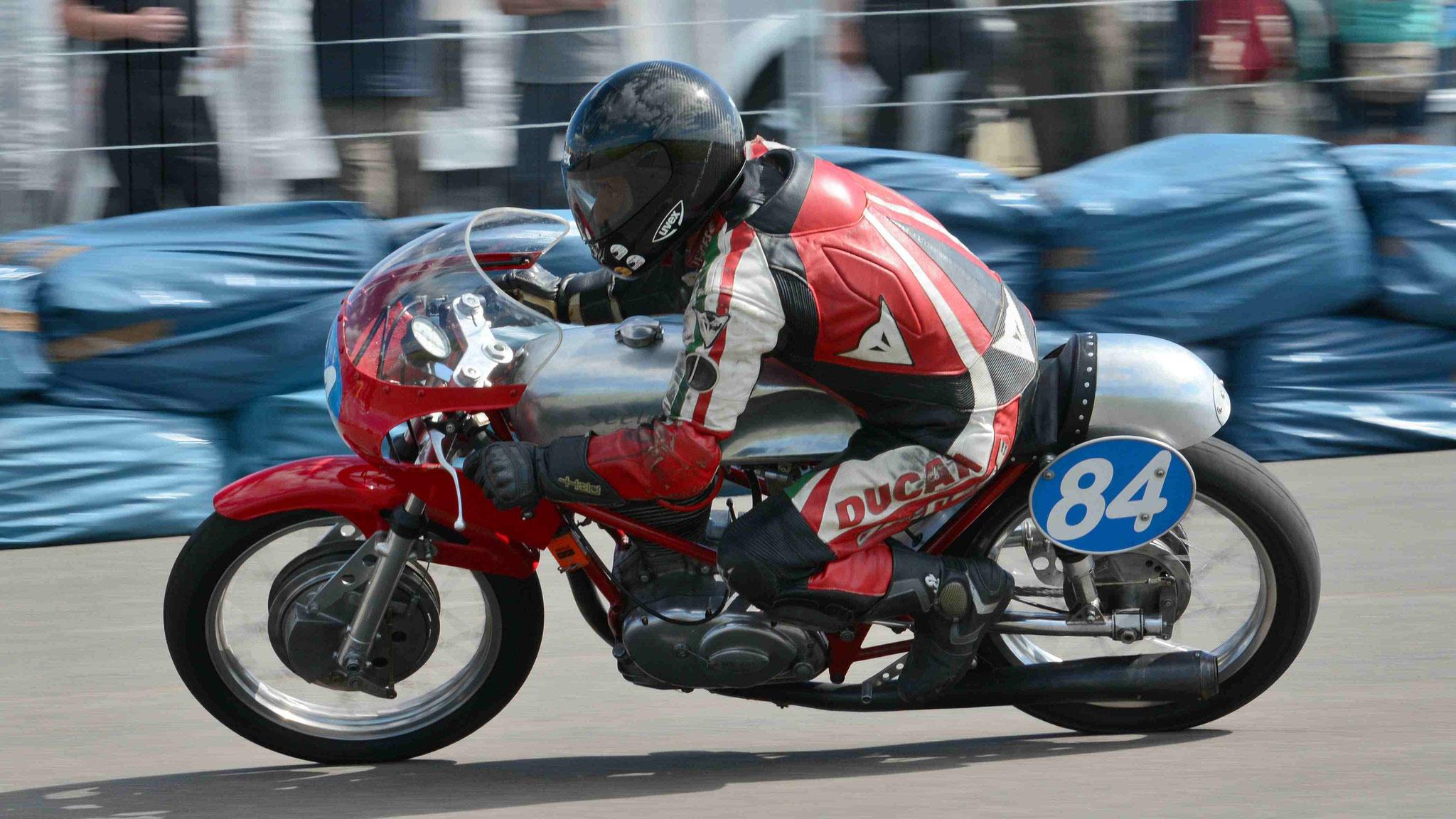 Rudolf Weber / Seeley-Ducati 350 1970